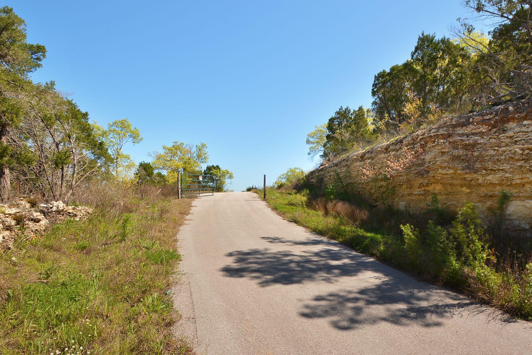 Additional photo for property listing at 50 Mile Panoramic Views 8718 Southwest Pkwy 1 & 2 Austin, Texas 78735 Estados Unidos