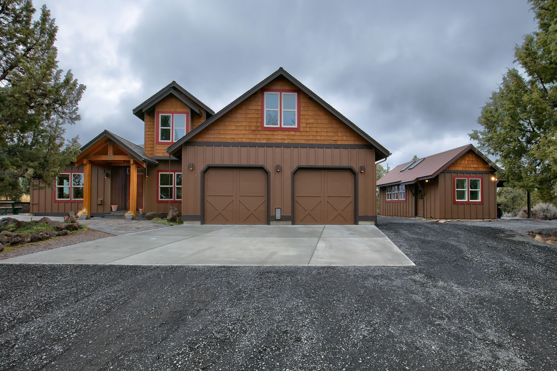 Maison unifamiliale pour l Vente à Odin Falls Home on Acreage 8163 NW Spruce Ave Redmond, Oregon, 97756 États-Unis