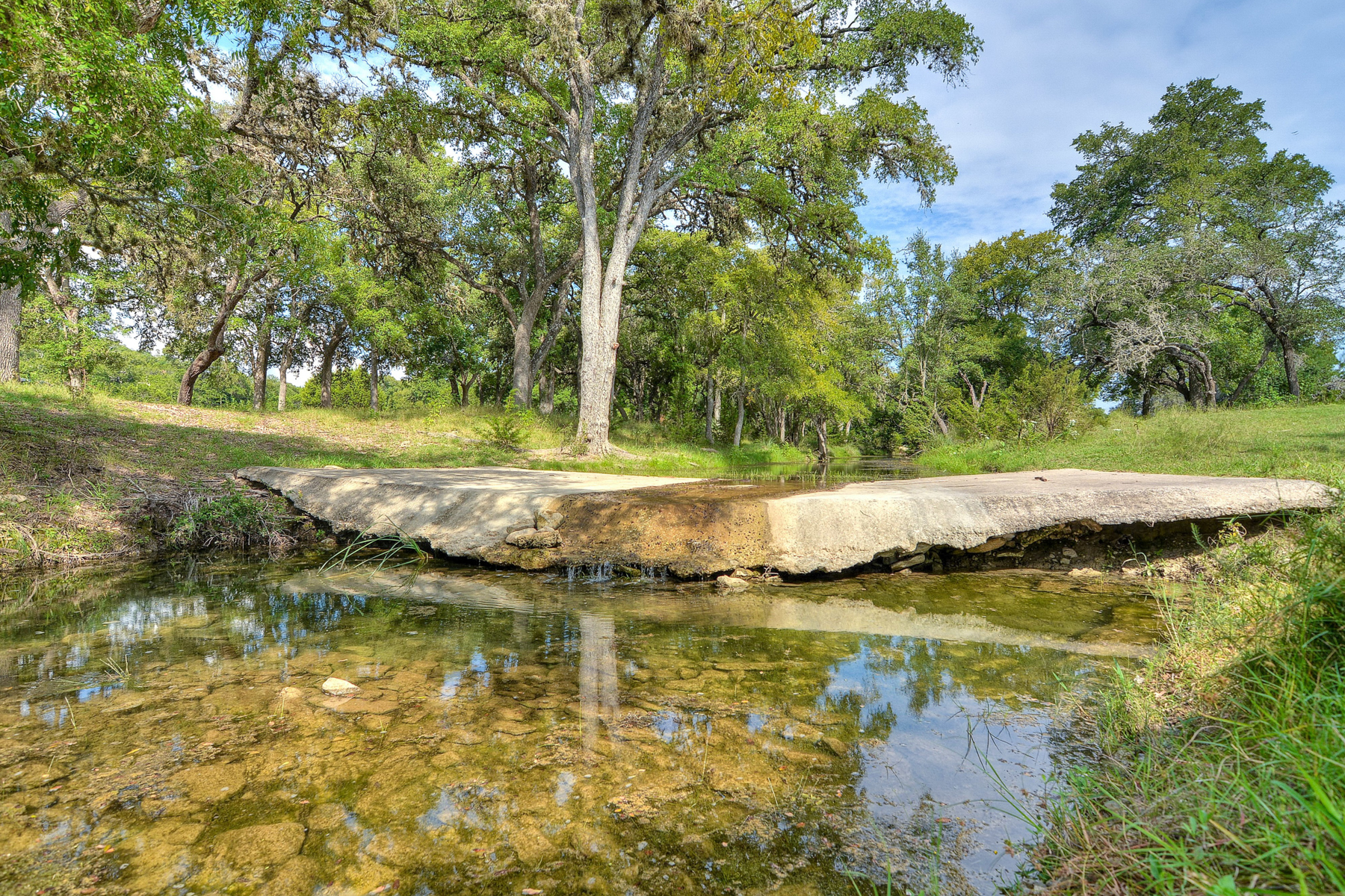 Additional photo for property listing at Darmstat Creek Ranch 912 Fm 473 Boerne, Texas 78006 Estados Unidos