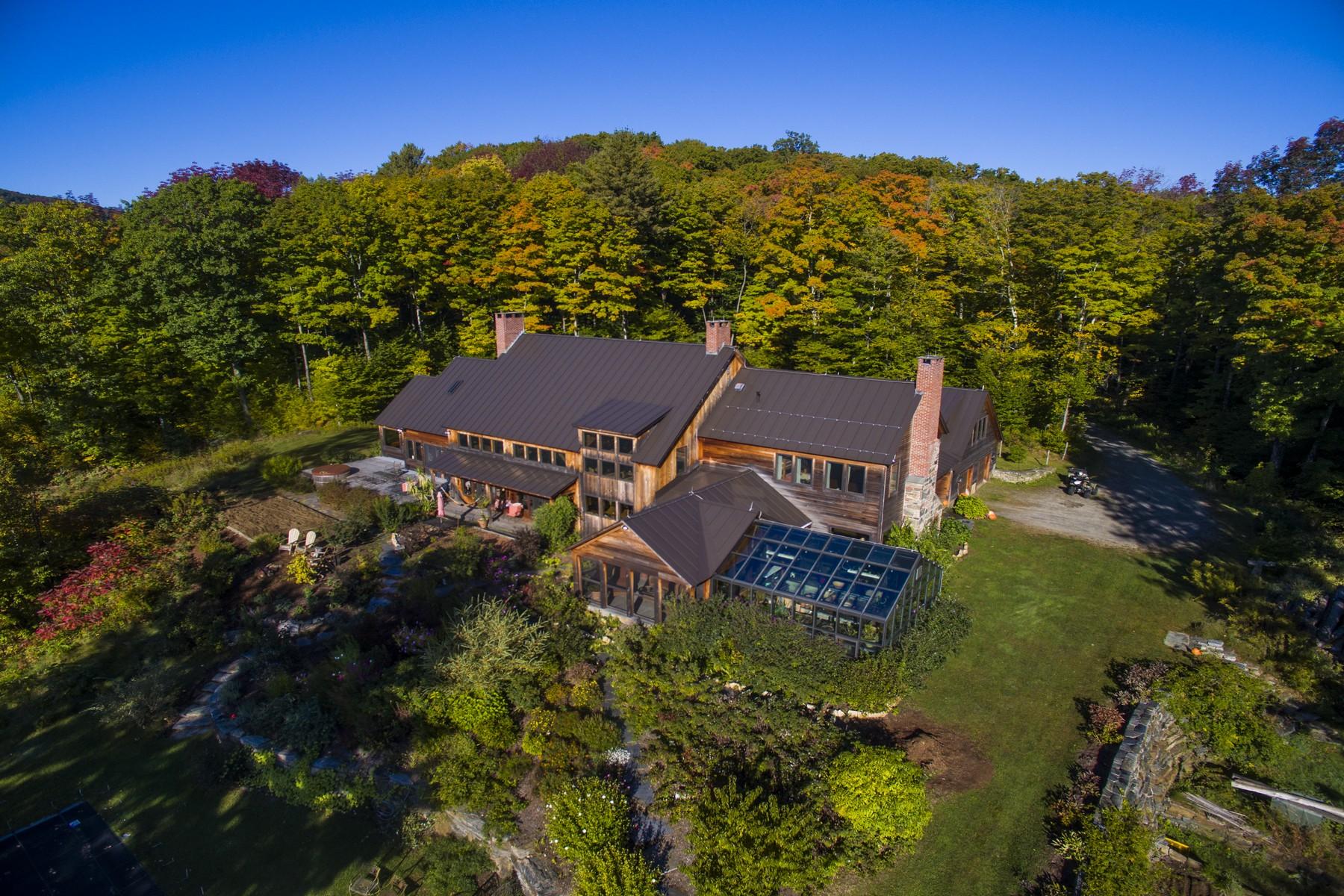 Maison unifamiliale pour l Vente à 100 Fairbanks, Grafton Grafton, Vermont, 05146 États-Unis