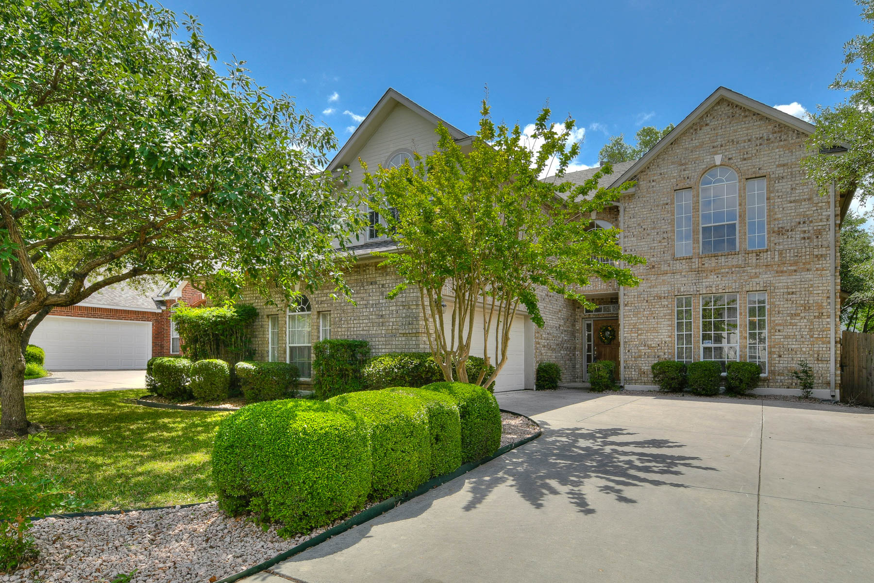 Single Family Home for Sale at Immaculate Remodel The Village at Inwood 2522 Steepleway San Antonio, Texas, 78248 United States