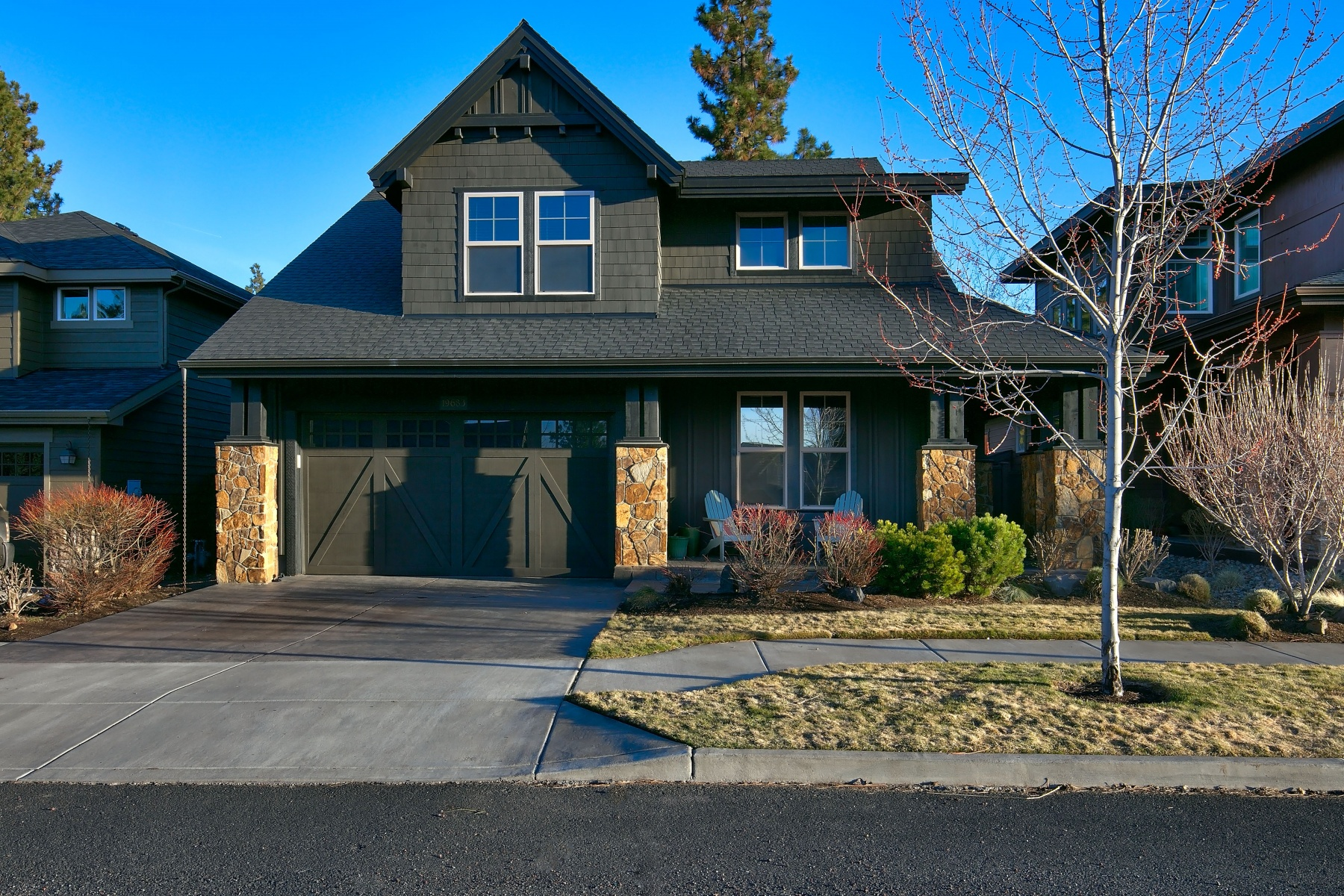 Maison unifamiliale pour l Vente à Renassaince Built Home in SW Bend! 19683 Hollygrape St Bend, Oregon, 97702 États-Unis
