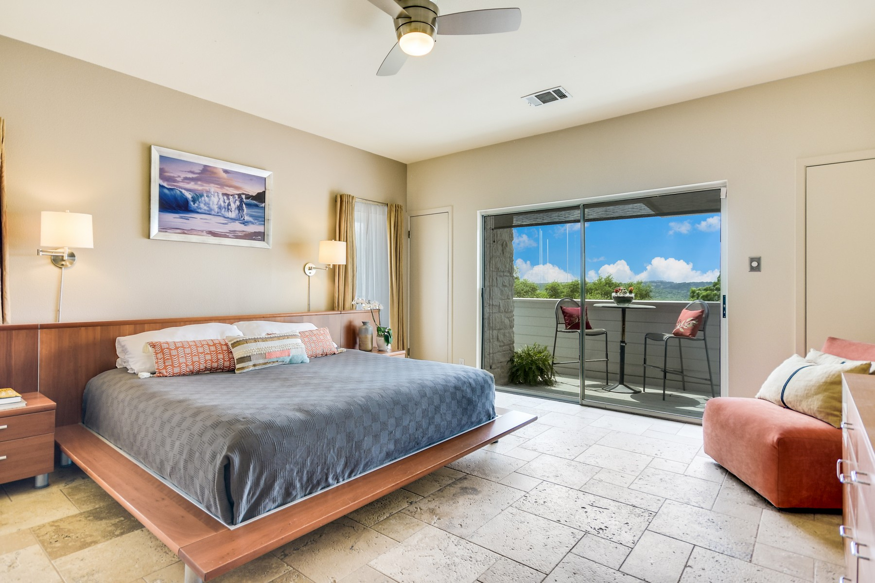 Additional photo for property listing at Northwest Hills Contemporary with Pool and Views 5823 Westslope Dr Austin, Texas 78731 Estados Unidos