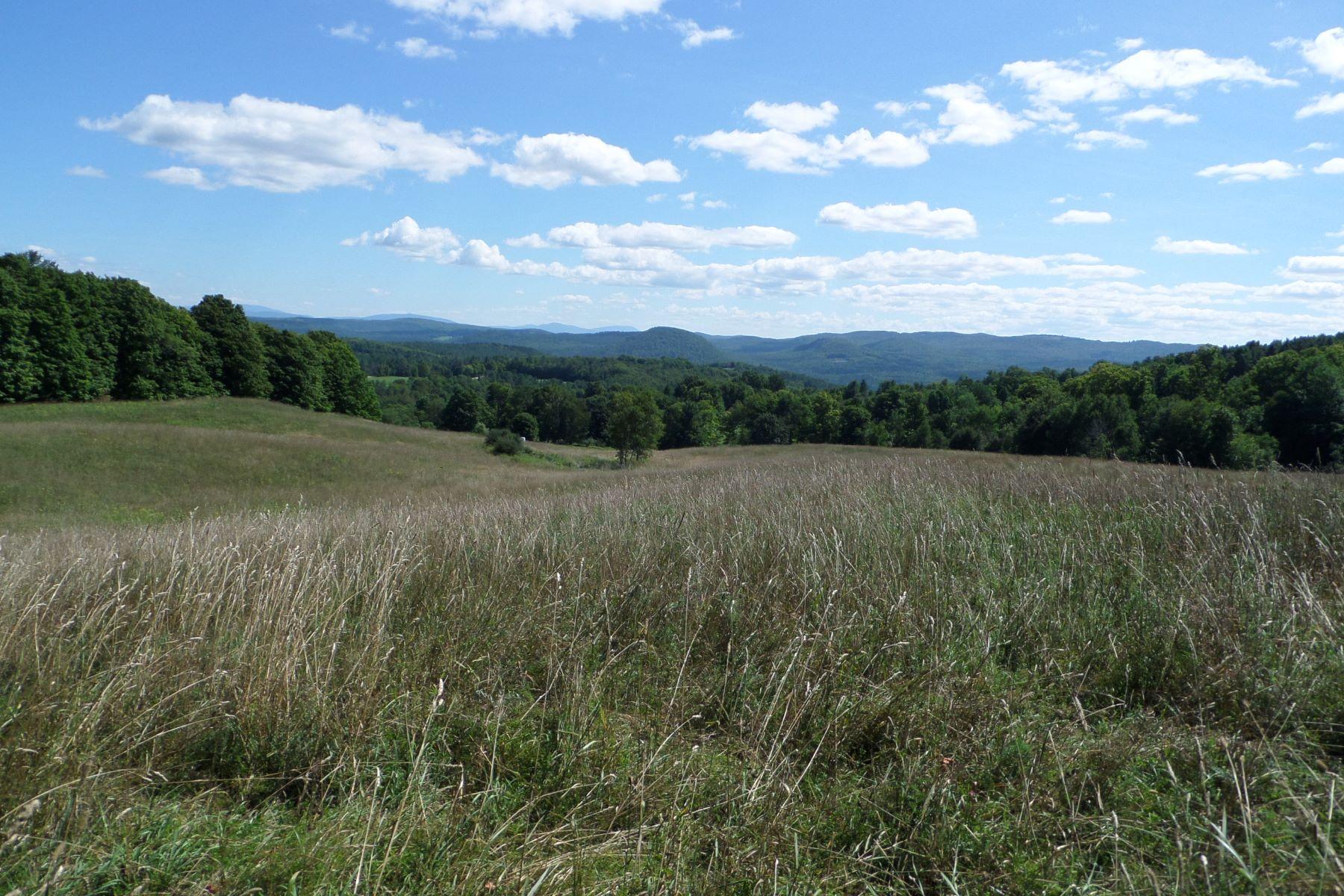 Villa per Vendita alle ore 221 & 26 Great Road, Groton 221 & 26 Great Rd Groton, Vermont, 05046 Stati Uniti