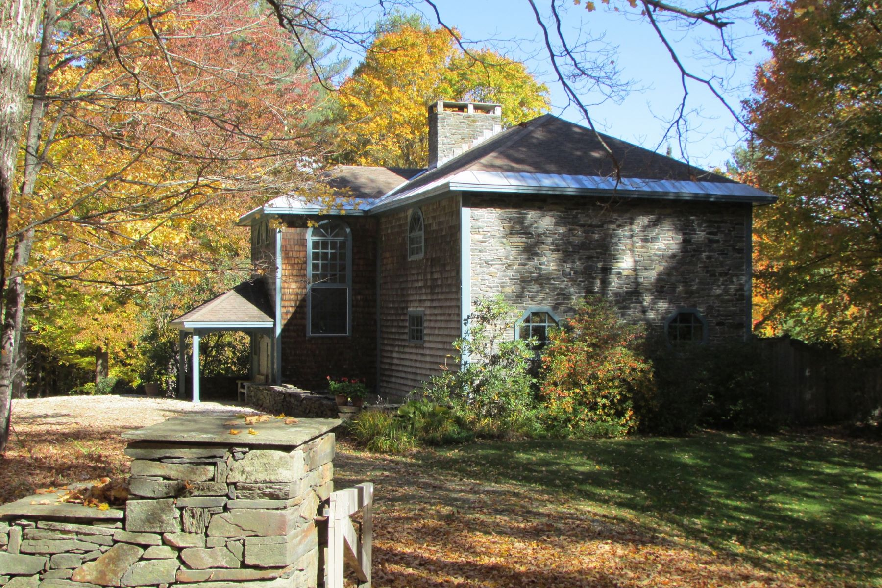 Single Family Home for Sale at Impressive Country Retreat 1264 Hanson Rd Halifax, Vermont, 05358 United States