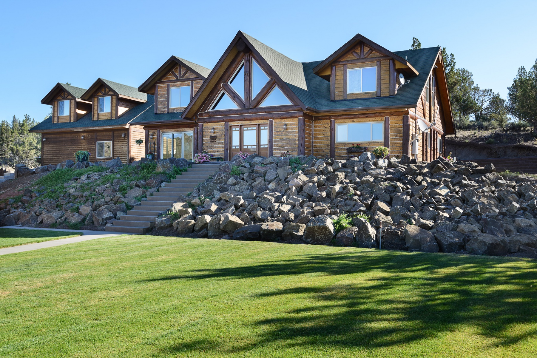 Casa Unifamiliar por un Venta en 14000 NE Lawson Road, PRINEVILLE 14000 NE Lawson Rd Prineville, Oregon, 97754 Estados Unidos