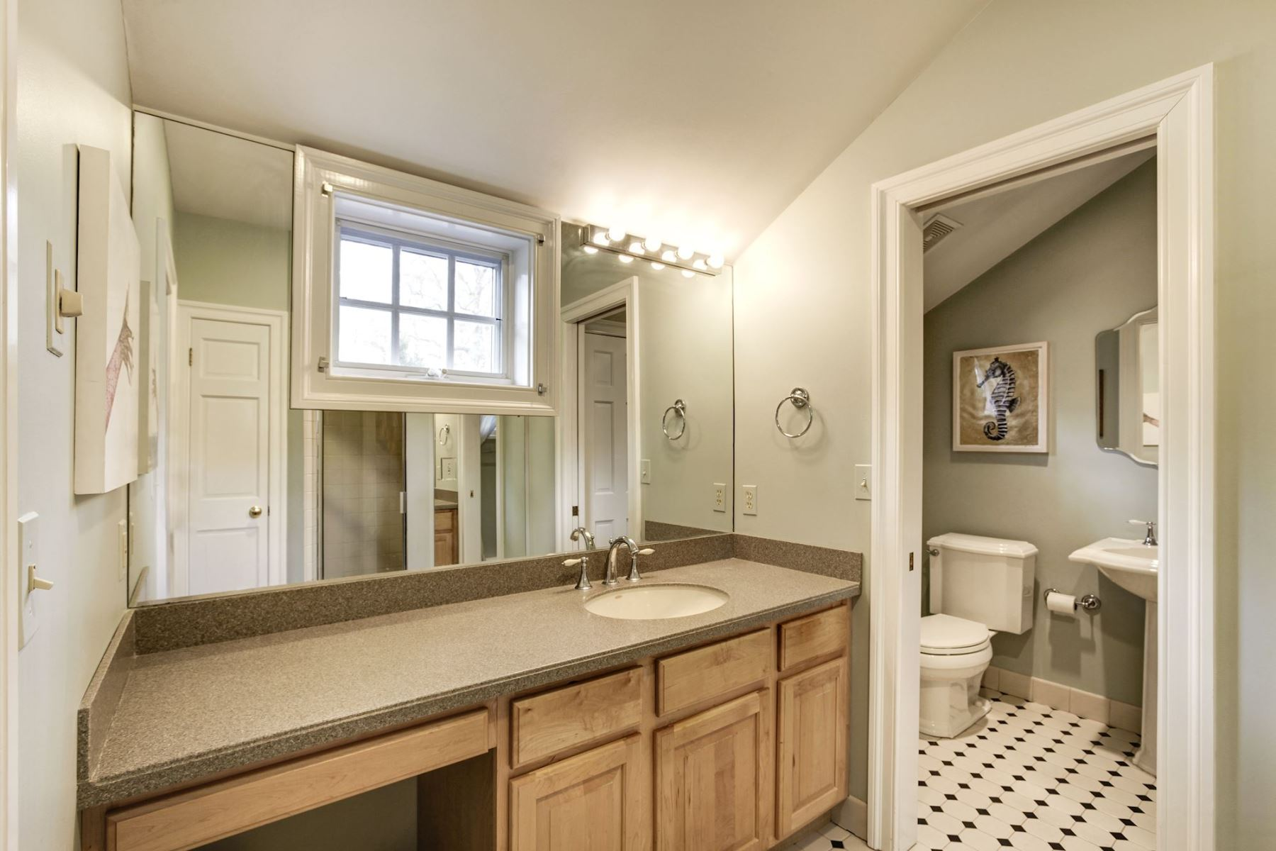 Additional photo for property listing at 635 Broadwater Way, Gibson Island  Gibson Island, Maryland 21056 Estados Unidos