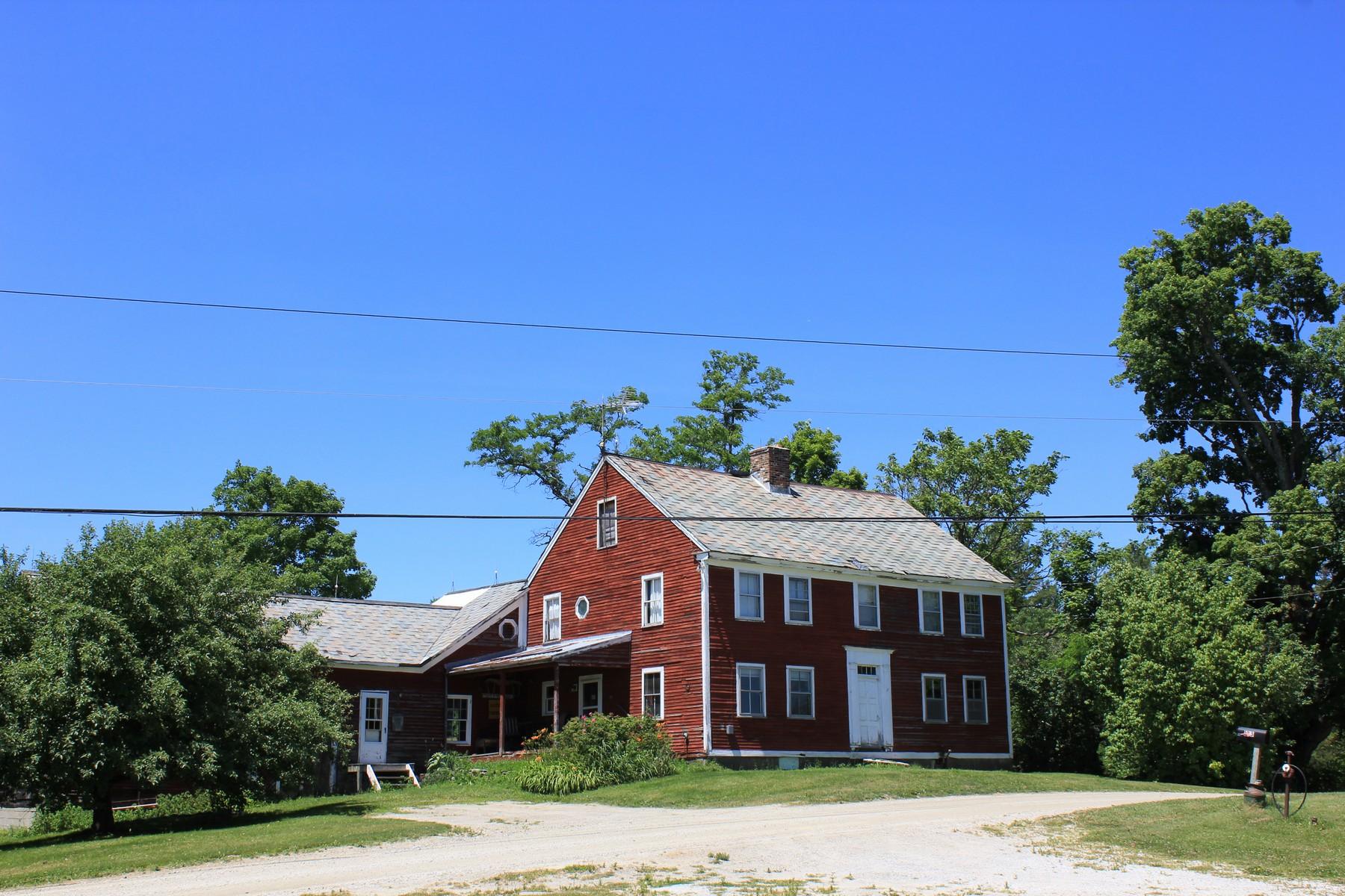 Villa per Vendita alle ore 1800 Farm House 123 Holden Hill Rd Weston, Vermont, 05161 Stati Uniti