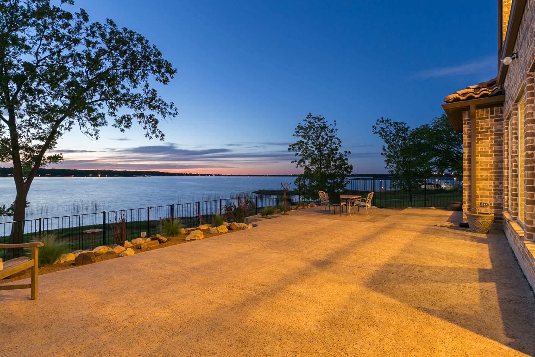 Einfamilienhaus für Verkauf beim 11005 Lakeside Dr, Fort Worth Fort Worth, Texas, 76179 Vereinigte Staaten