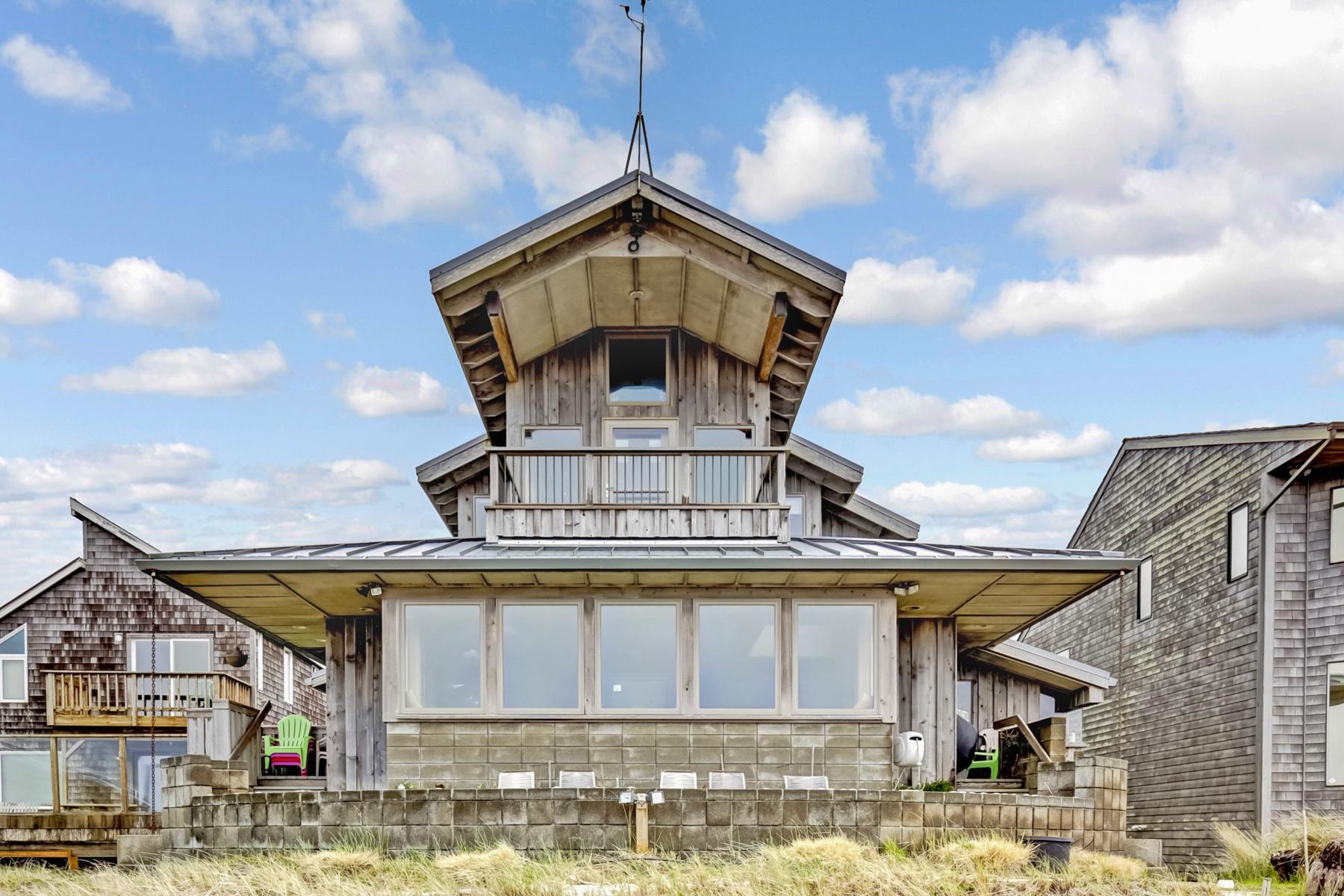Nhà ở một gia đình vì Bán tại 1615 N N Prom, SEASIDE, OR Seaside, Oregon, 97138 Hoa Kỳ