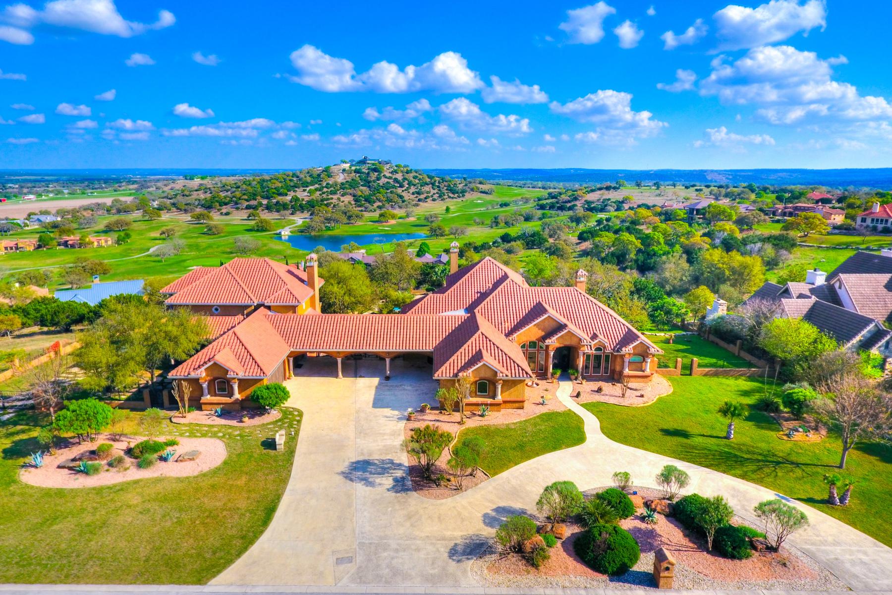 Casa Unifamiliar por un Venta en Breathtaking Views in Comanche Trace 3621 Ranch View Ct E Kerrville, Texas 78028 Estados Unidos