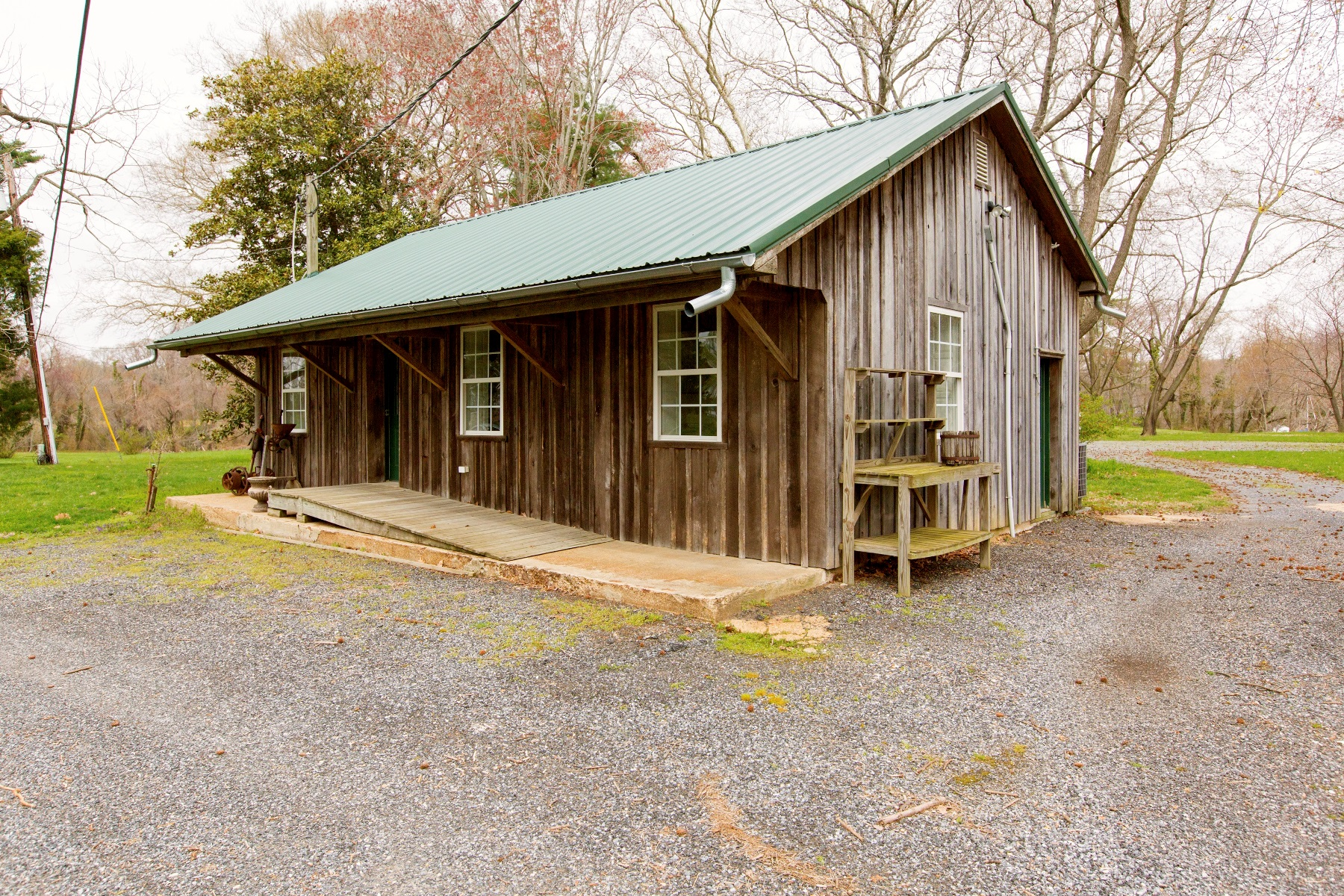 Additional photo for property listing at Annapolis 1837 Pleasant Plains Rd Annapolis, Maryland 21409 United States