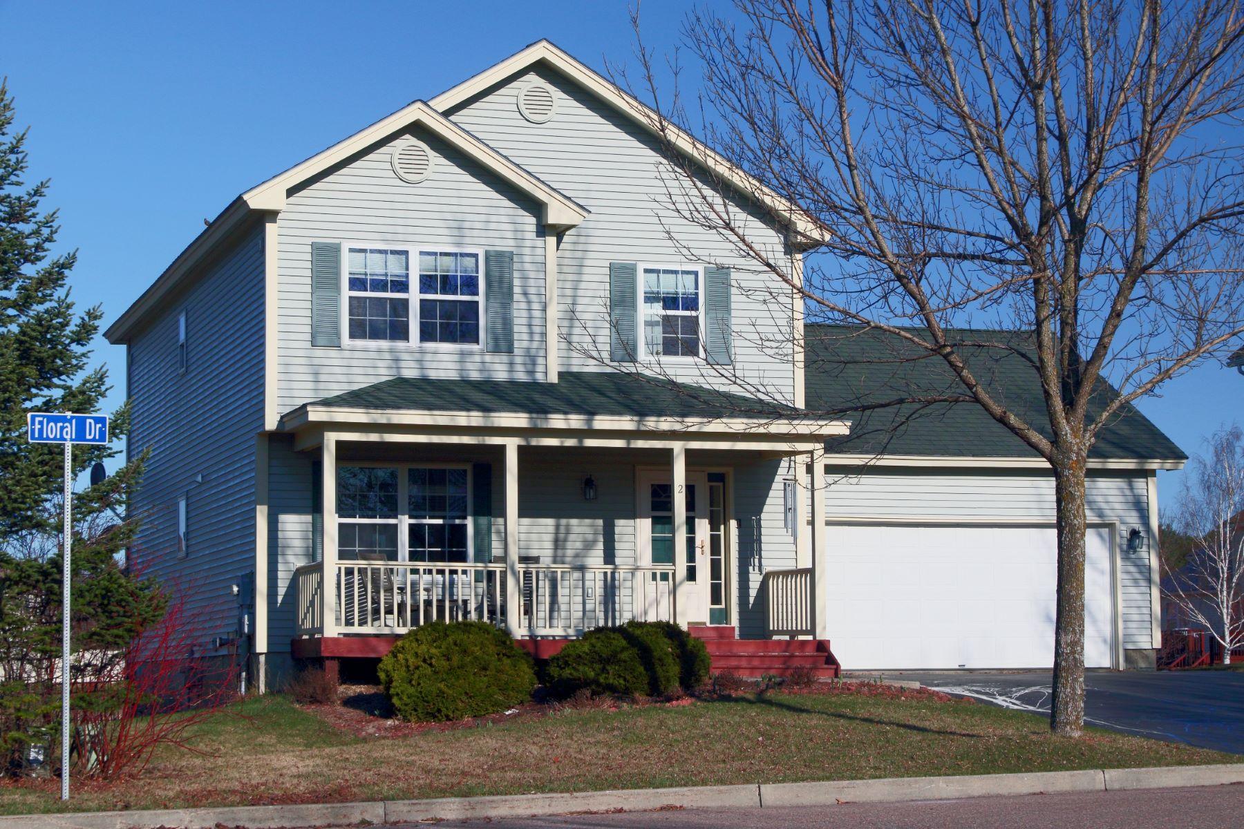 Villa per Vendita alle ore 2 Floral Street, South Burlington South Burlington, Vermont, 05403 Stati Uniti