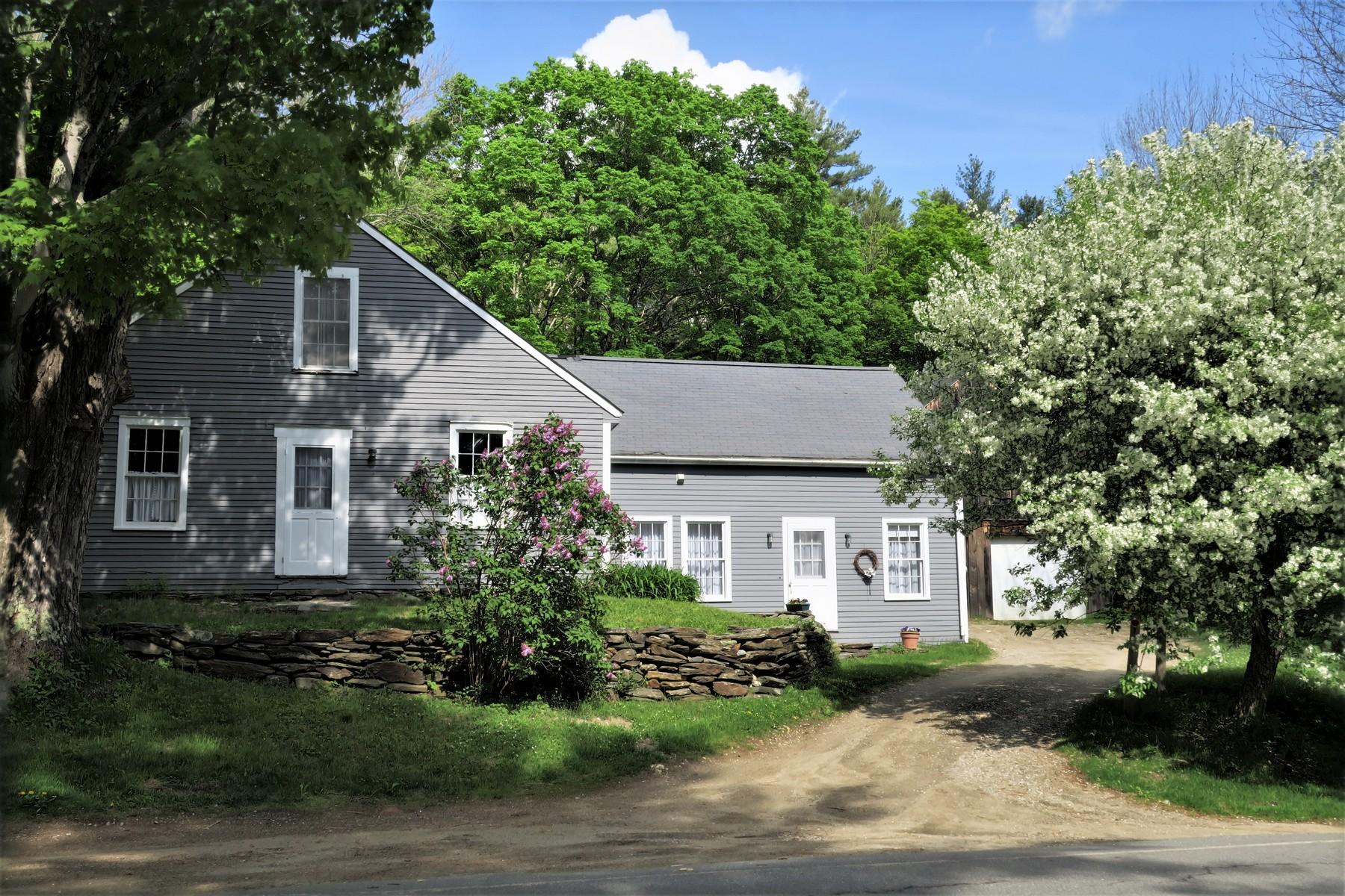 단독 가정 주택 용 매매 에 Enchanting 1850 Farmhouse with 50 Acres 4364 Windham Hill Rd, Windham, 베르몬트, 05359 미국