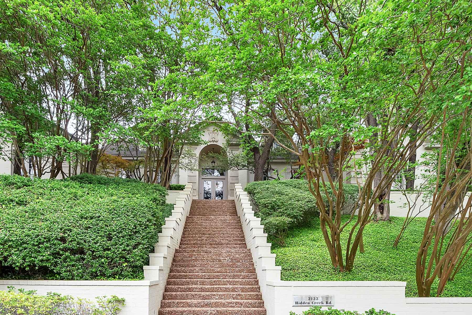 Casa Unifamiliar por un Venta en Westover HIlls, Traditional 2132 Hidden Creek Rd Fort Worth, Texas, 76107 Estados Unidos