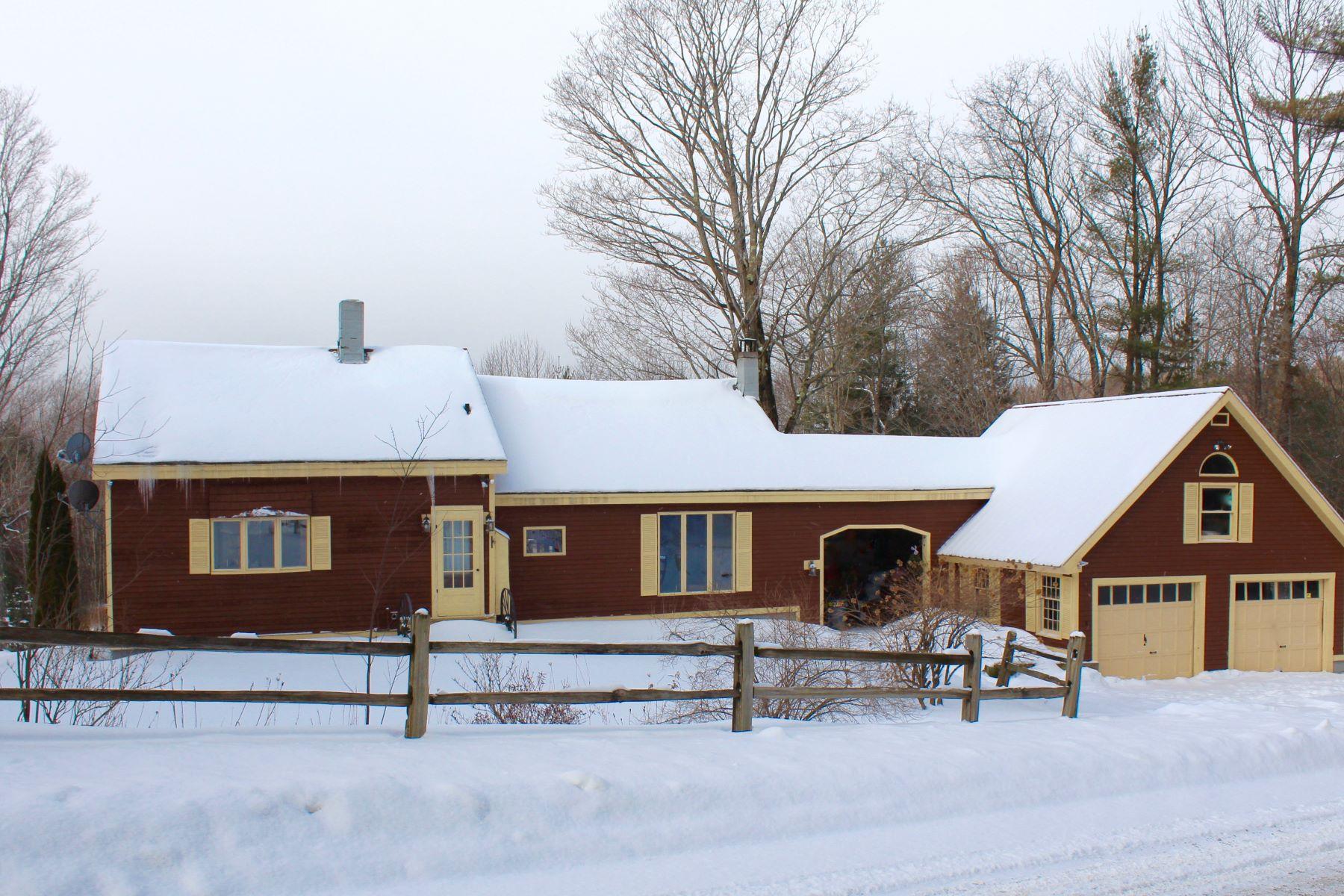 Maison unifamiliale pour l Vente à 1251 Tiffany, Mount Holly Mount Holly, Vermont, 05758 États-Unis