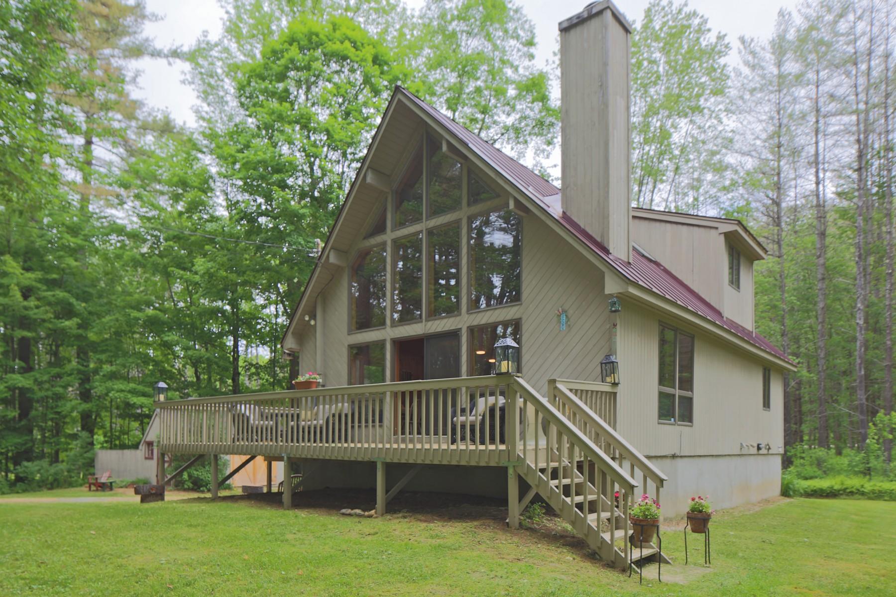 Maison unifamiliale pour l Vente à Lake Pauline Access 81 Spruce Ludlow, Vermont, 05149 États-Unis