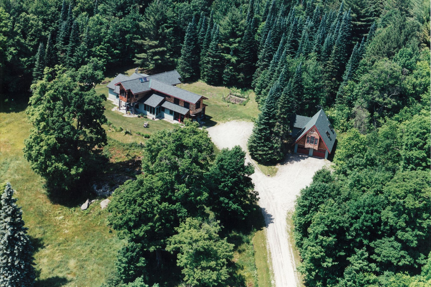 single family homes for Sale at Views, privacy, yoga room, library 419 North Hollow Rd Rochester, Vermont 05767 United States