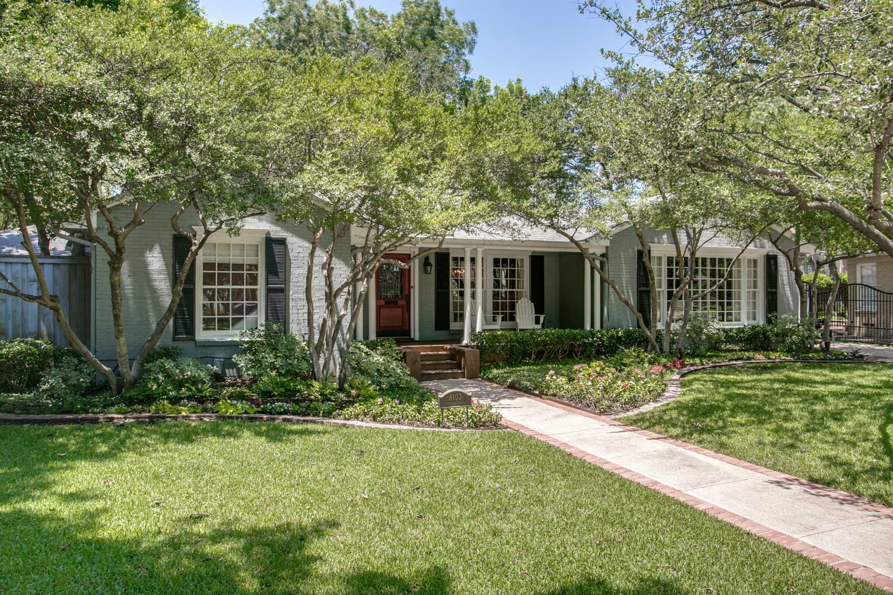 Einfamilienhaus für Verkauf beim 8103 Chadbourne Rd, Dallas Dallas, Texas, 75209 Vereinigte Staaten