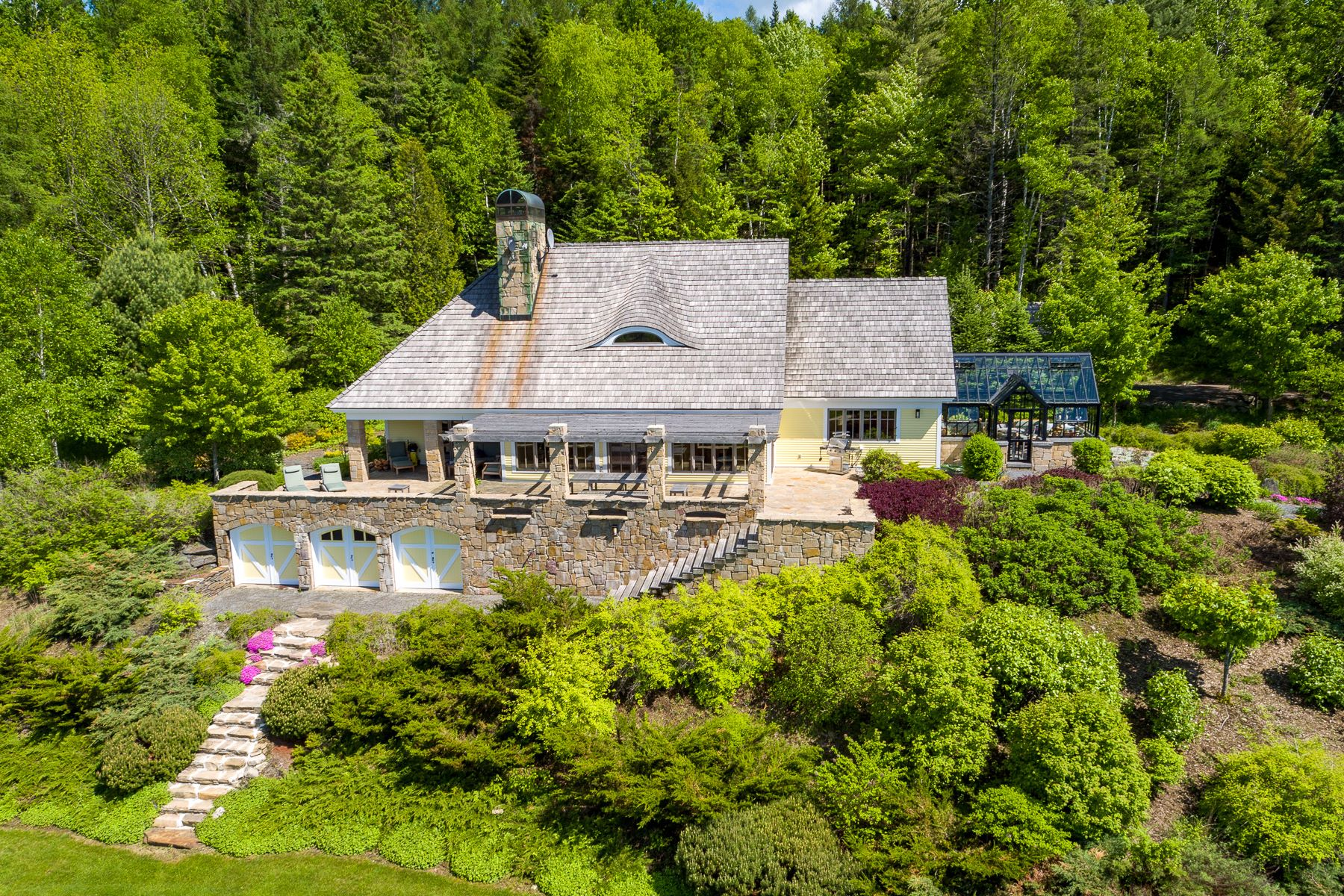 Single Family Home for Sale at Ash Pond Estate 281 Barnes Brook Rd, Kirby, Vermont, 05851 United States