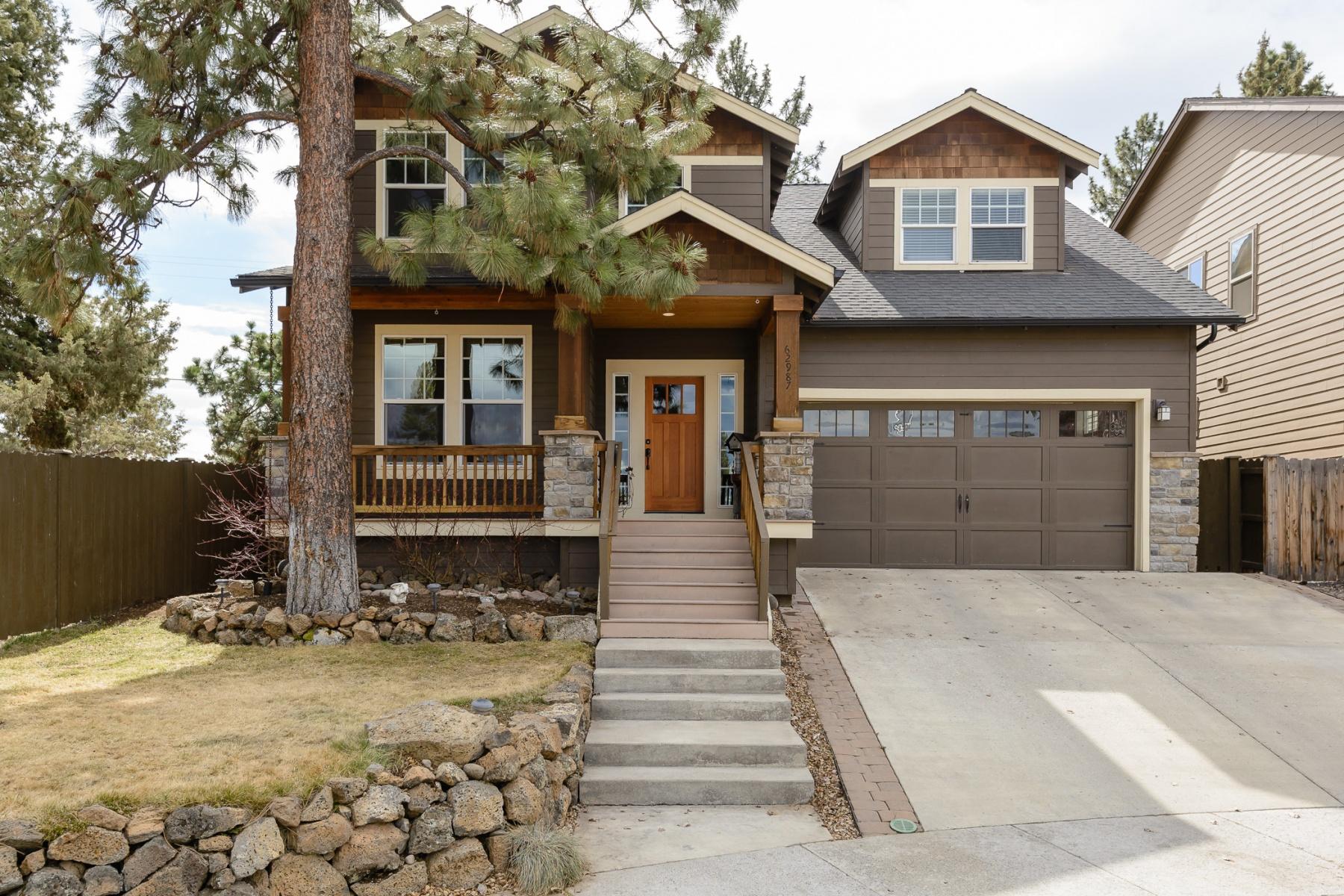Maison unifamiliale pour l Vente à 62987 Fresca Street, BEND Bend, Oregon, 97703 États-Unis