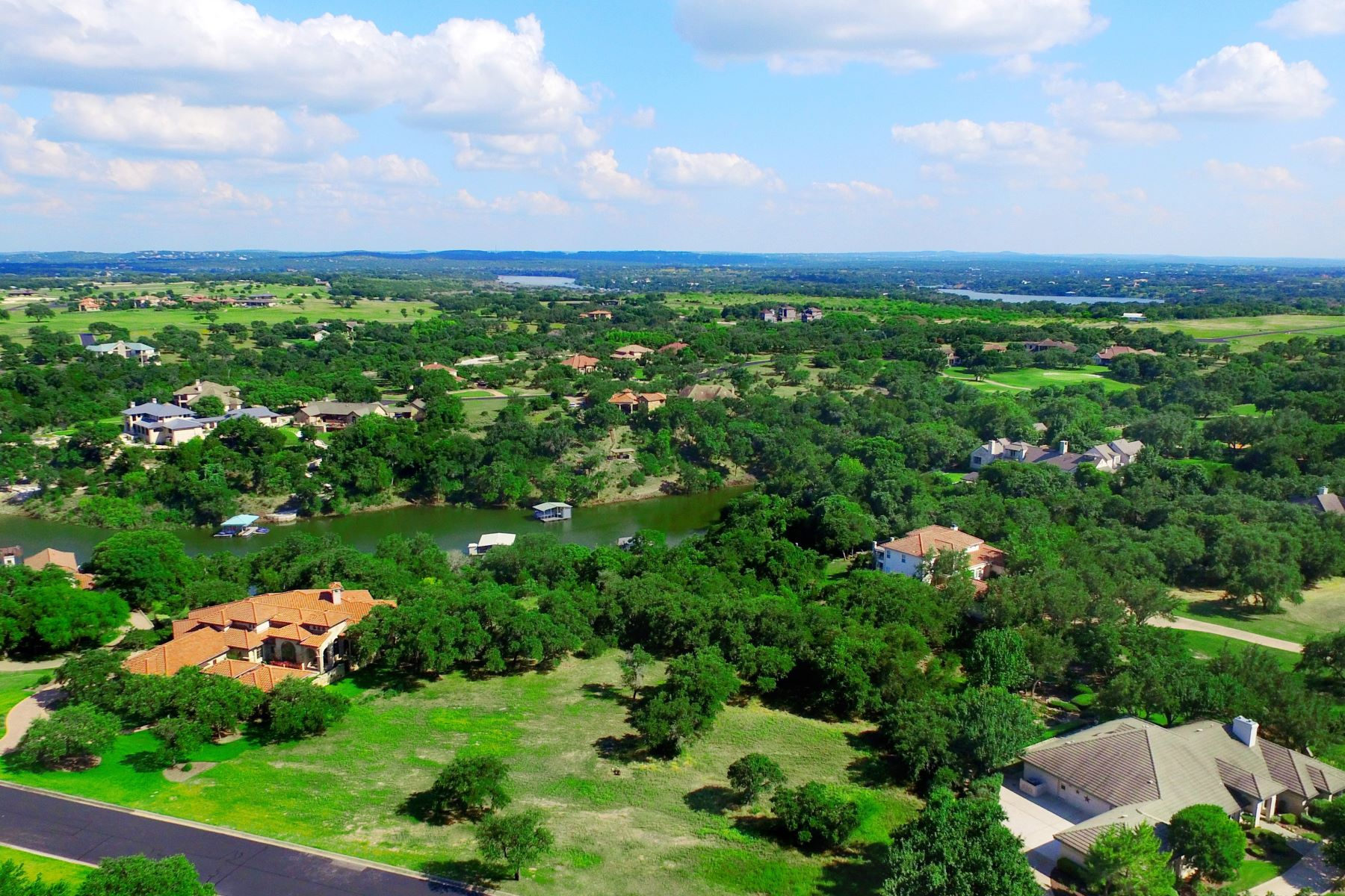 Additional photo for property listing at The Perfect Land for the Perfect Home 26205 Countryside Dr Spicewood, Texas 78669 United States