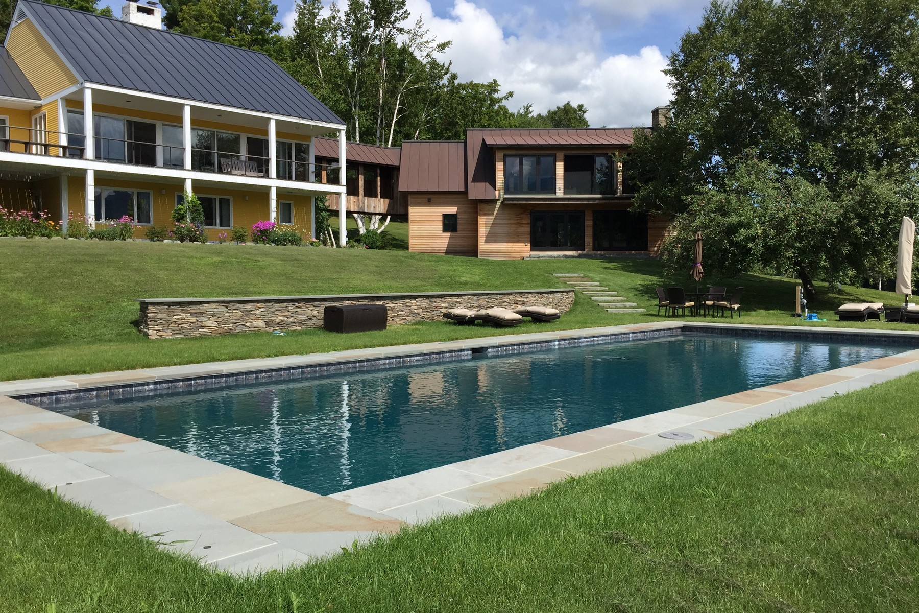 Single Family Home for Sale at Smugglers Notch Farm 1039 Pratt Rd Cambridge, Vermont, 05464 United States