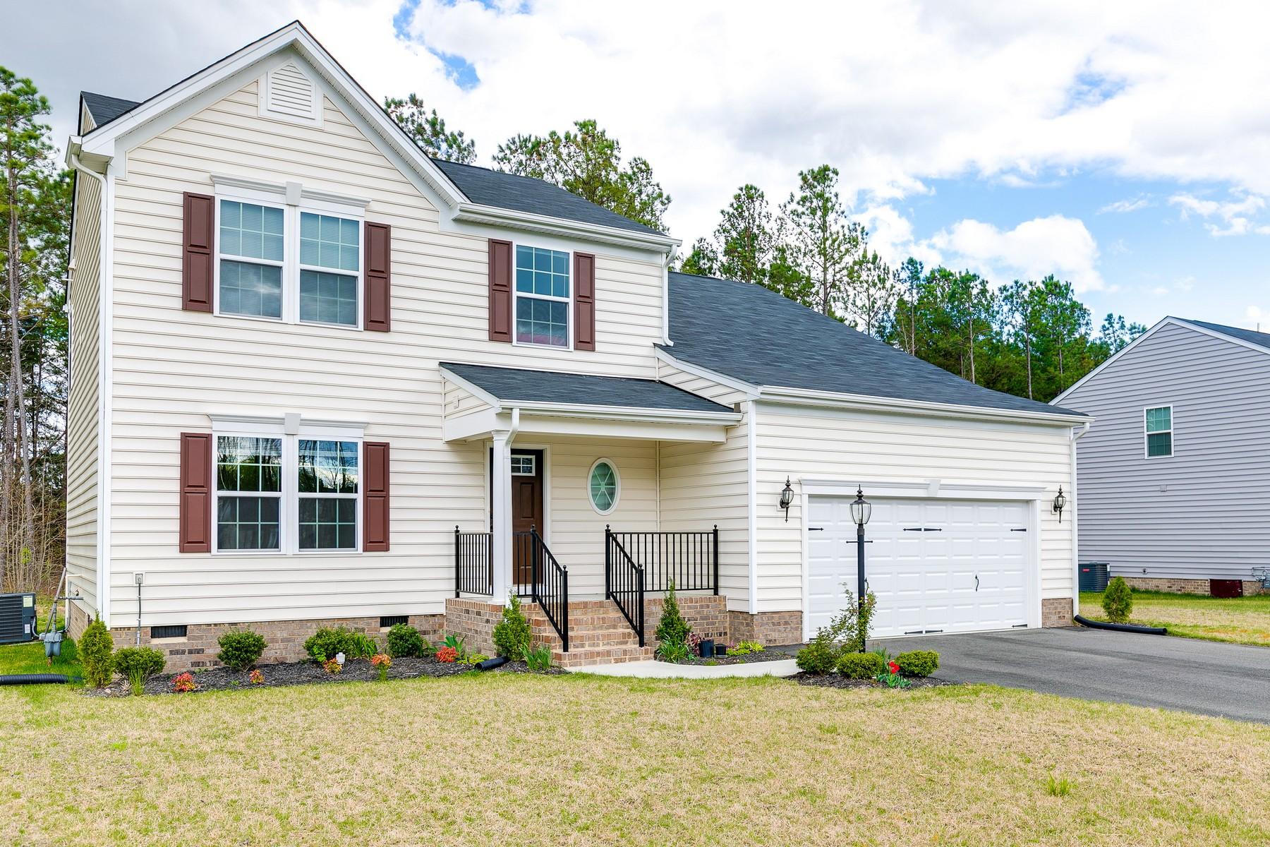 Частный односемейный дом для того Продажа на 5428 Mason Manor Drive, Richmond Richmond, Виргиния, 23223 Соединенные Штаты