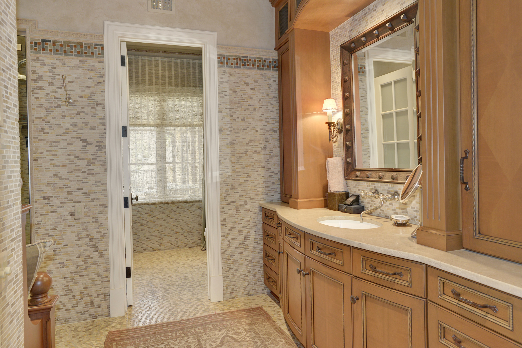 Additional photo for property listing at 5517 Pembroke Road, Bethesda 5517 Pembroke Rd Bethesda, Maryland 20817 United States
