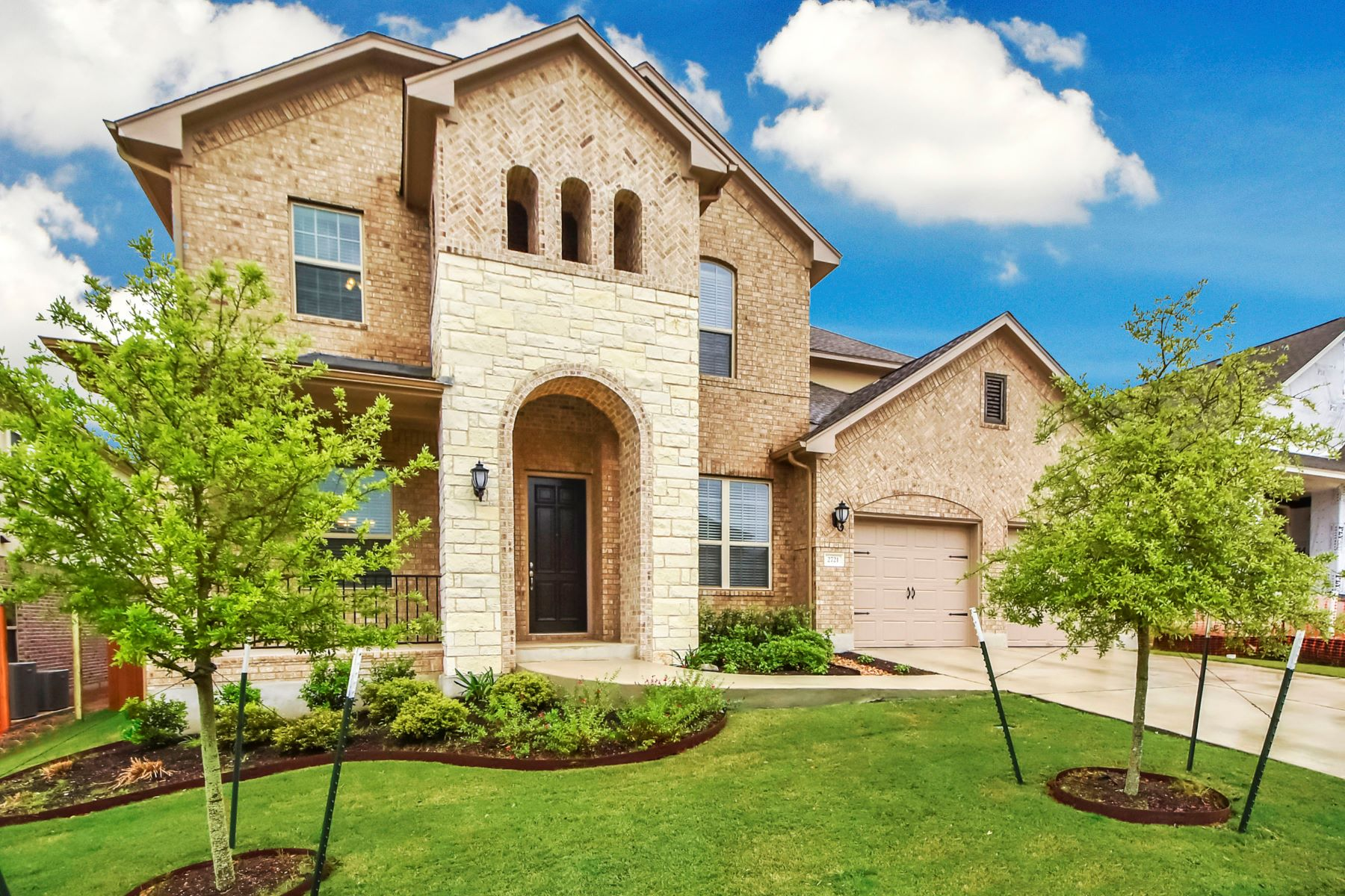 Casa Unifamiliar por un Venta en Better Than New Home with Many Upgrades 2721 Mazaro WY Round Rock, Texas 78665 Estados Unidos