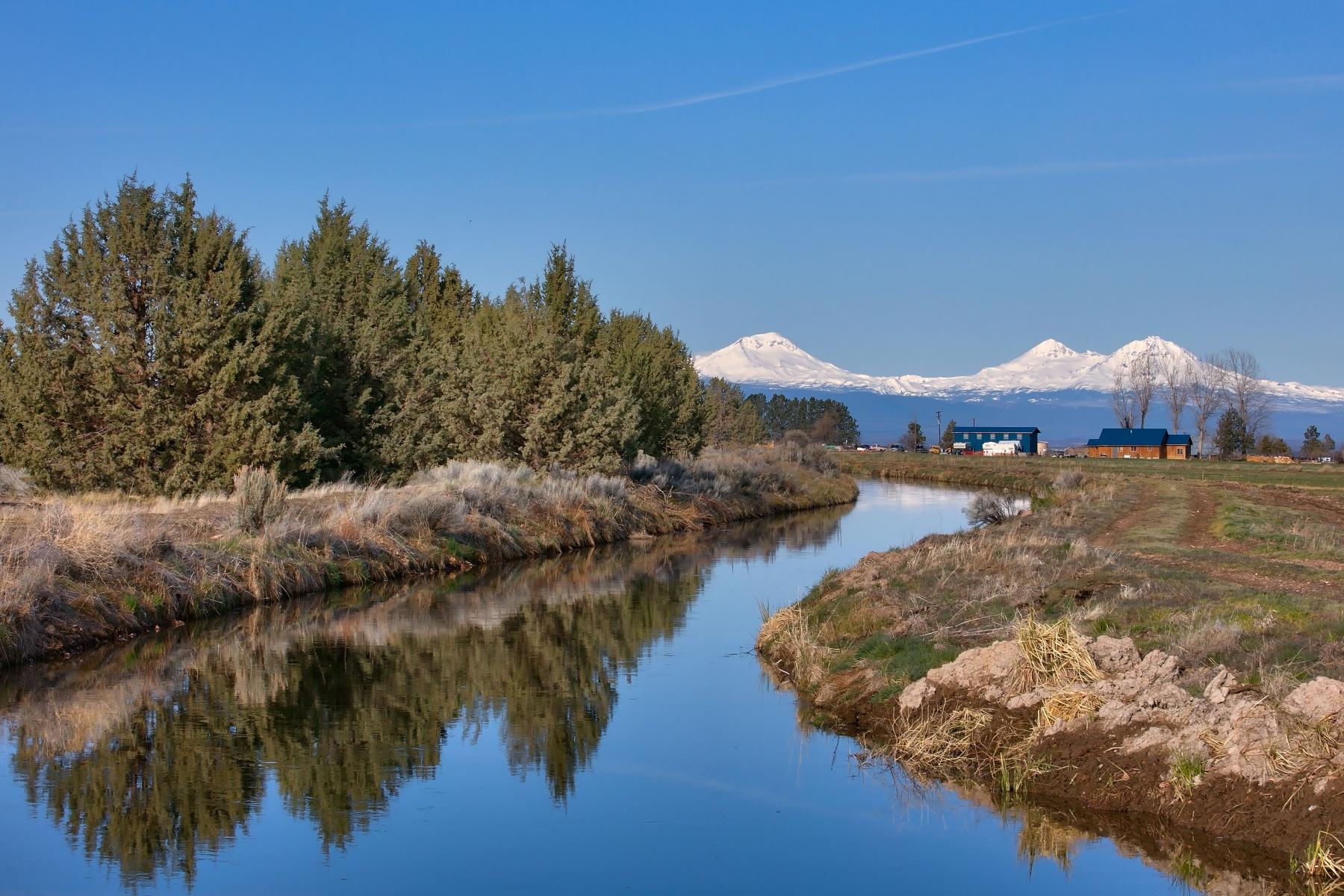 Moradia para Venda às 13400 SW Riggs Road, POWELL BUTTE 13400 SW Riggs Rd Powell Butte, Oregon, 97753 Estados Unidos