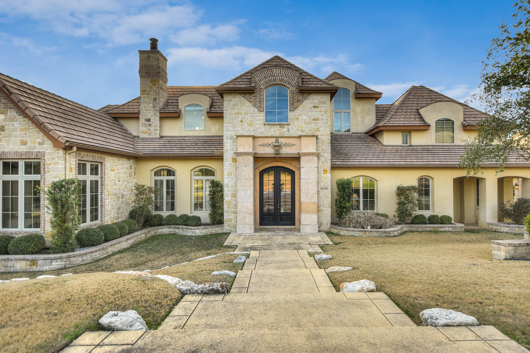 Single Family Home for Sale at Creative Masterpiece in The Dominion 19 Chaumont San Antonio, Texas 78257 United States