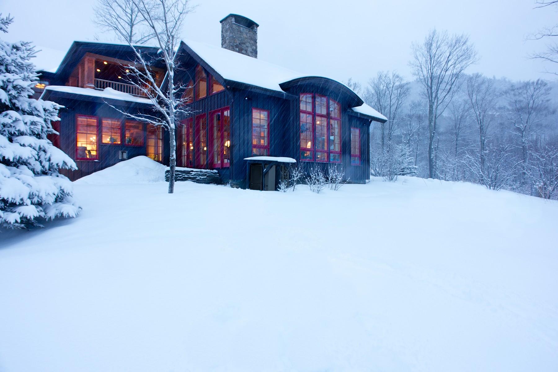 独户住宅 为 销售 在 353 Big Spruce, Stowe 斯托, 佛蒙特州, 05672 美国