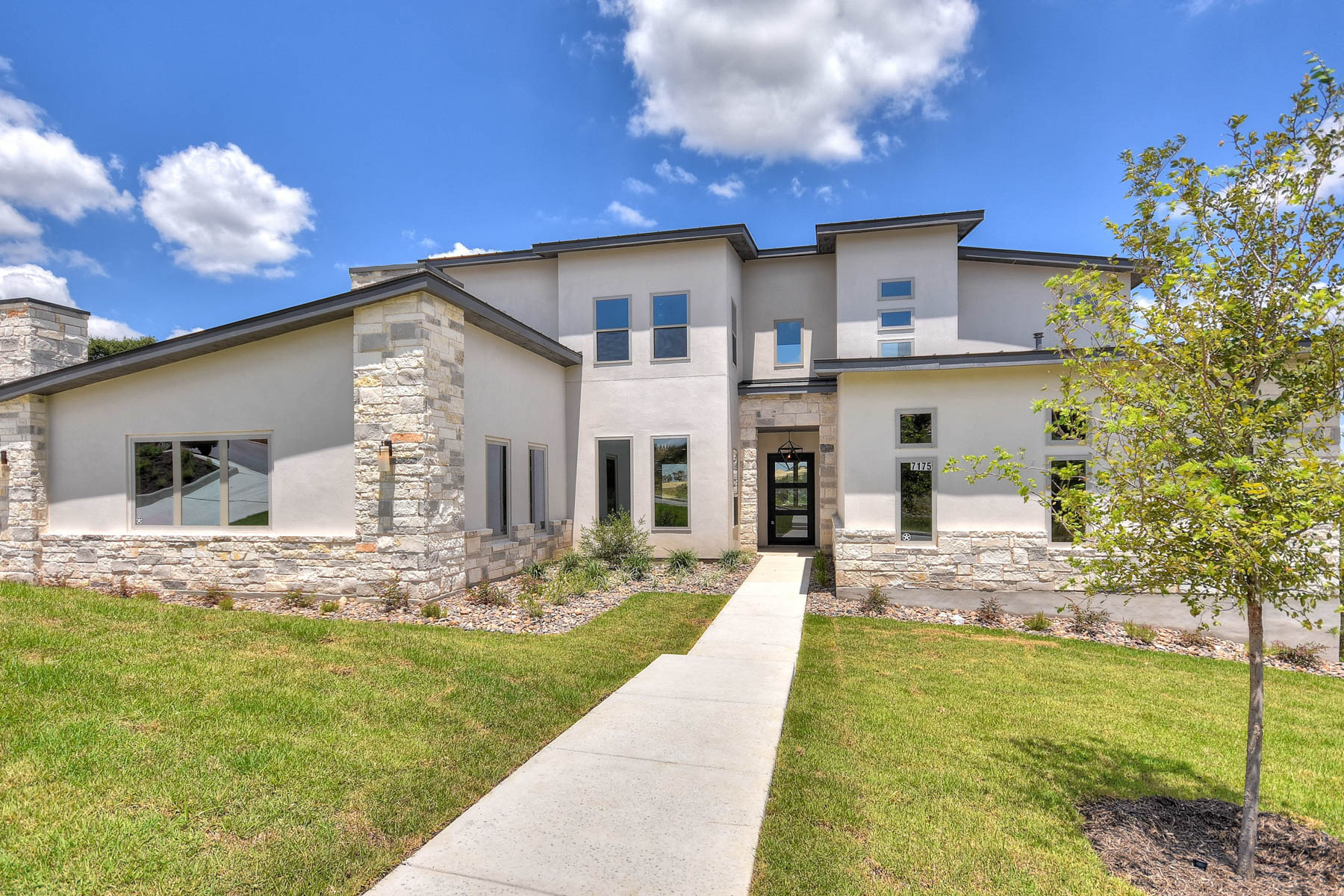 Additional photo for property listing at Magnificent Home in Cresta Bella 7175 Bella Garden San Antonio, Texas 78256 Estados Unidos