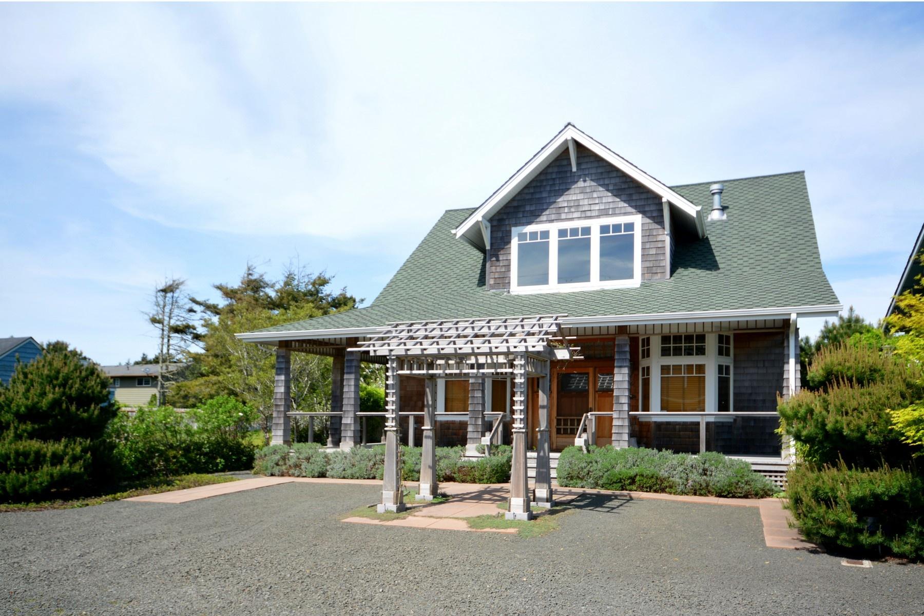 Nhà ở một gia đình vì Bán tại 546 1st ST, GEARHART Gearhart, Oregon, 97138 Hoa Kỳ