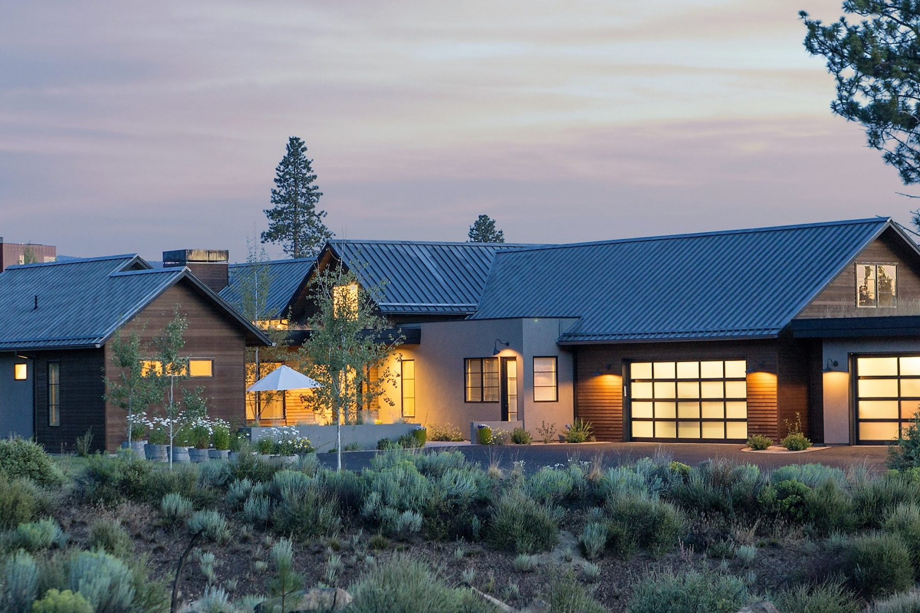 Maison unifamiliale pour l Vente à Modern High Desert Estate - Tetherow 61451 Hackleman Ct Bend, Oregon, 97702 États-Unis
