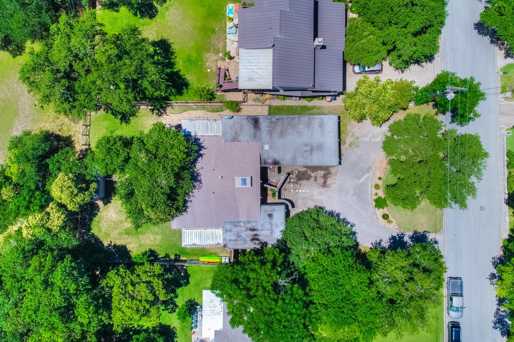 Additional photo for property listing at Unique Investor Opportunity in Westlake Hills 109 Westhaven Dr Austin, Texas 78746 United States