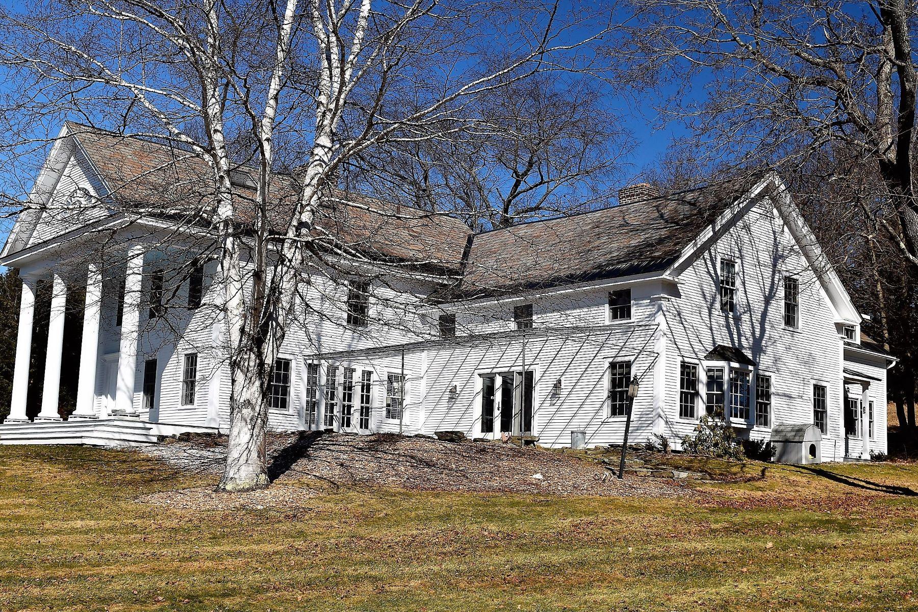 Casa para uma família para Venda às 336 Tamarack Lane, Rutland Town 336 Tamarack Ln Rutland Town, Vermont, 05701 Estados Unidos