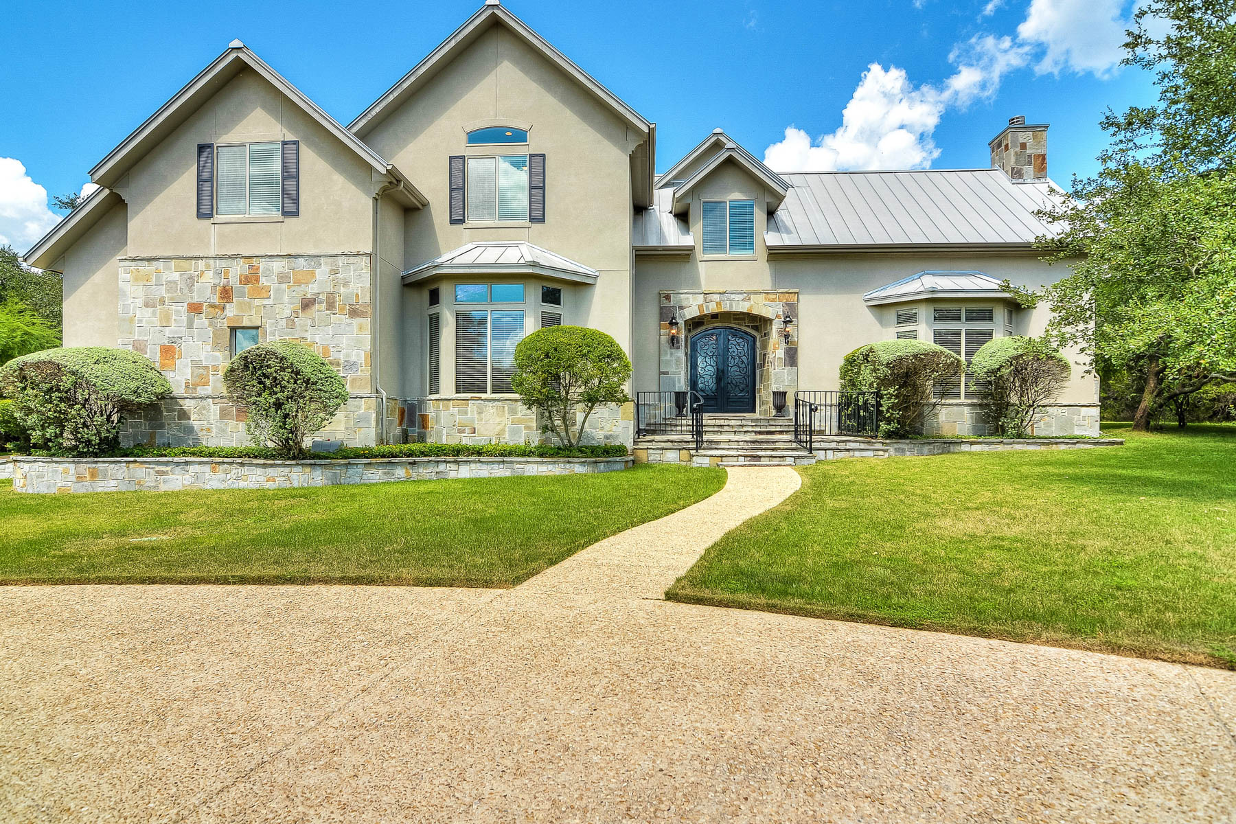 Single Family Home for Sale at Sophisticated Modern Living 23114 Fossil Peak Fossil Ridge, San Antonio, Texas, 78261 United States