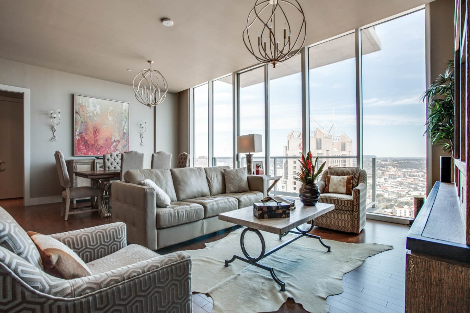 Condominium for Rent at Sophisticated Condo with Downtown Views 610 E Market St 3214 San Antonio, Texas 78205 United States