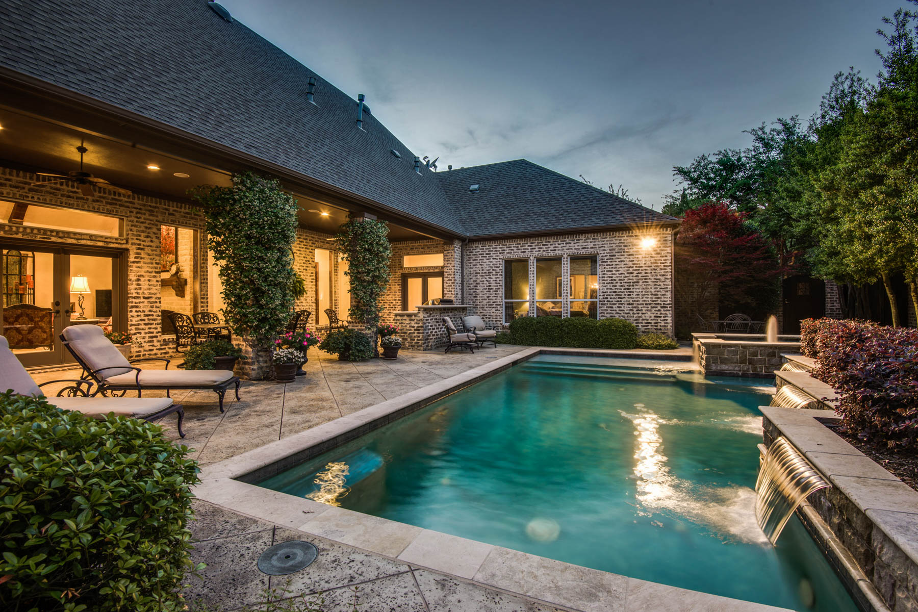 Single Family Home for Sale at Fall in Love with Your Outdoor Go to Spot! 5612 Fairfax Dr Frisco, Texas 75034 United States