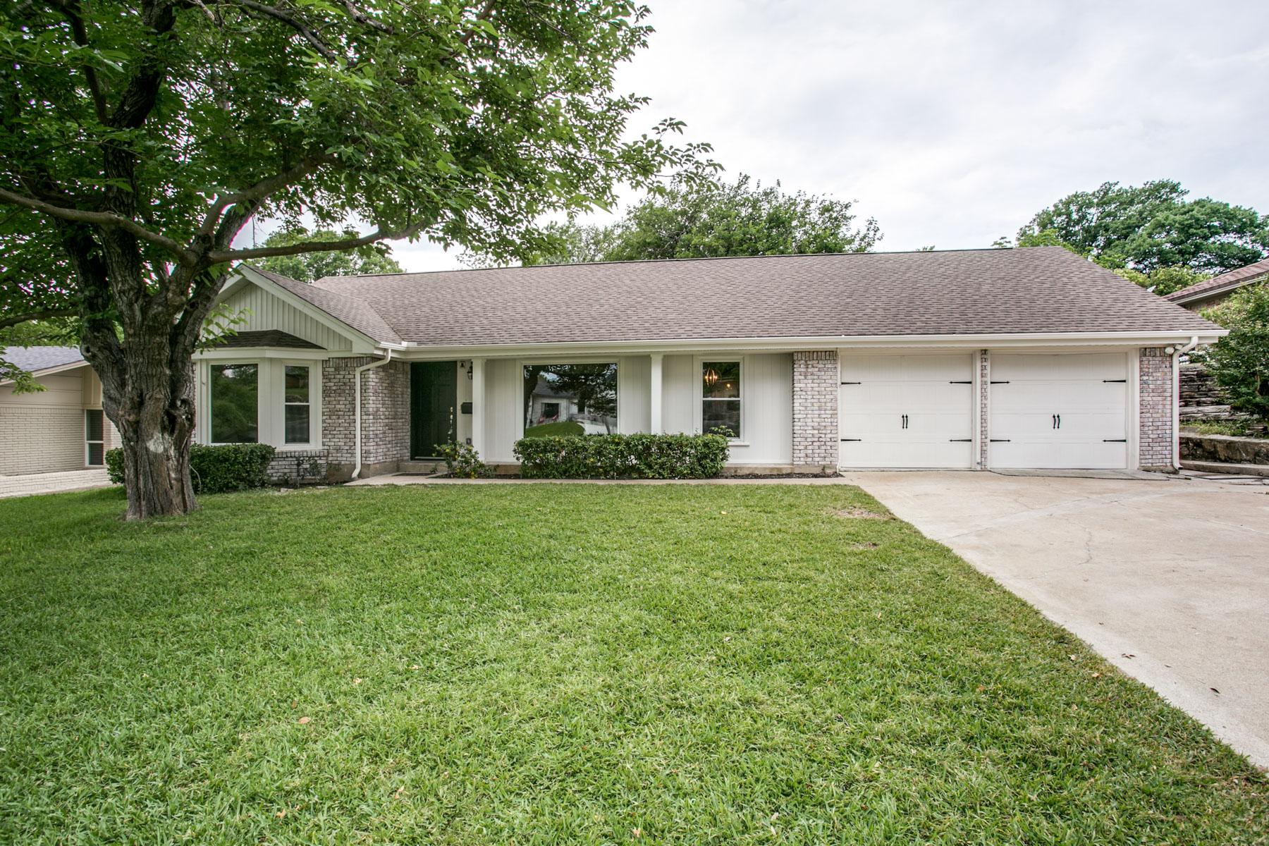 Maison unifamiliale pour l Vente à 4412 Tamworth Rd, Fort Worth Fort Worth, Texas, 76116 États-Unis