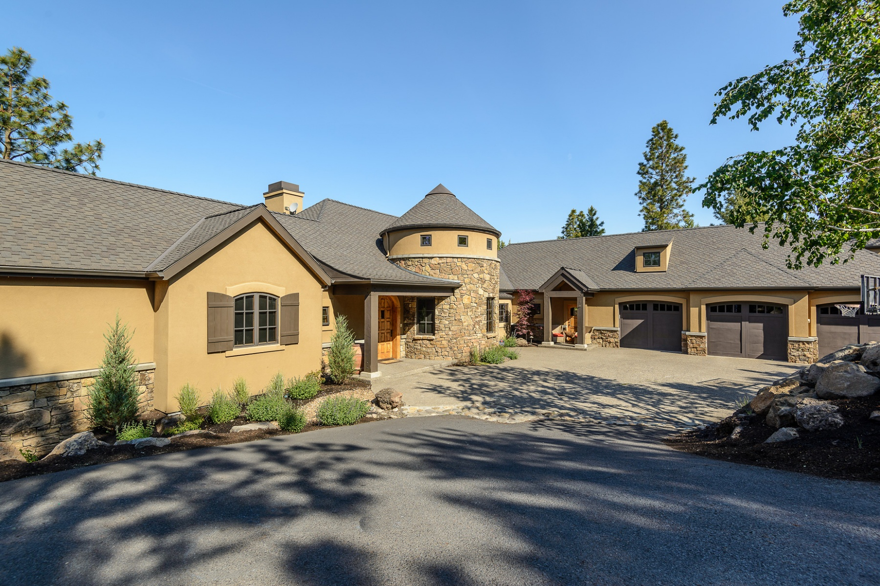 Maison unifamiliale pour l Vente à 2981 NW Starview Drive, BEND Bend, Oregon, 97703 États-Unis