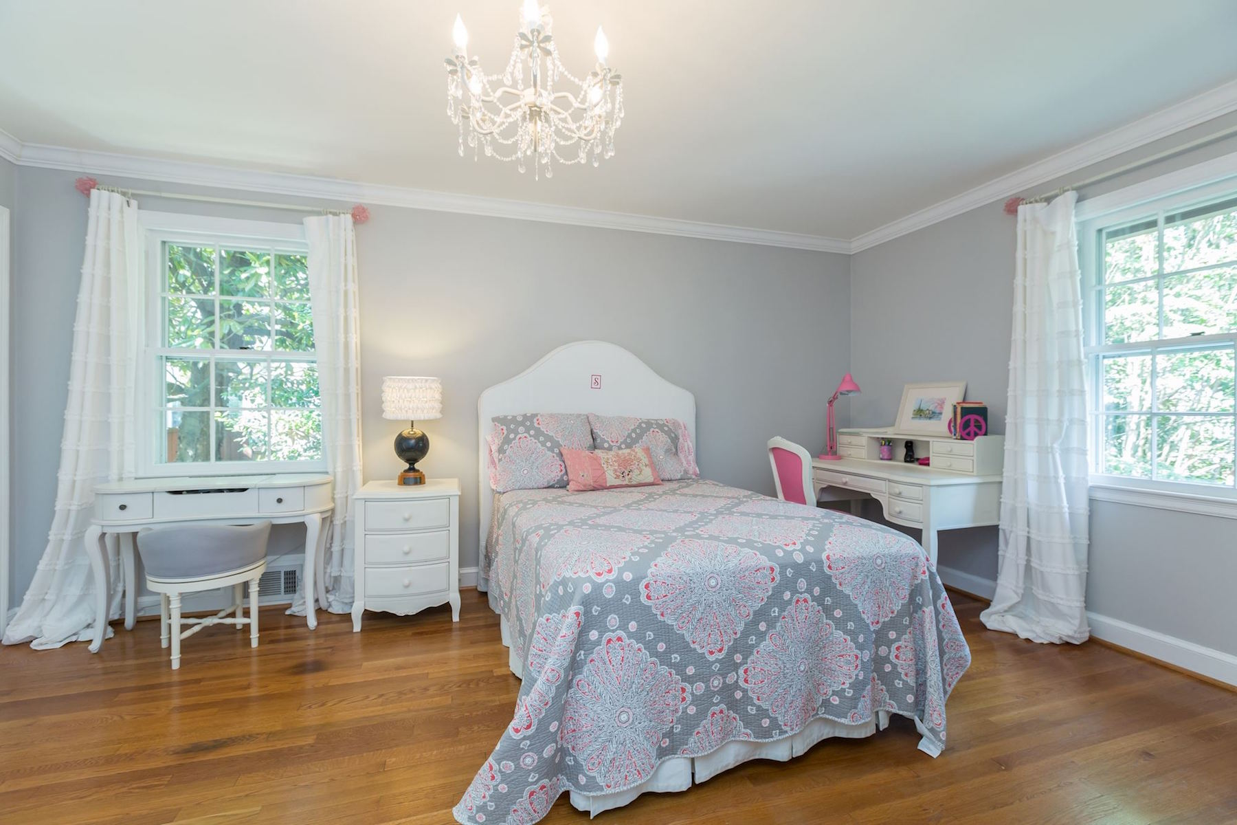 Additional photo for property listing at 5153 Tilden Street 5153 Tilden Street Nw Washington, Distretto Di Columbia 20016 Stati Uniti
