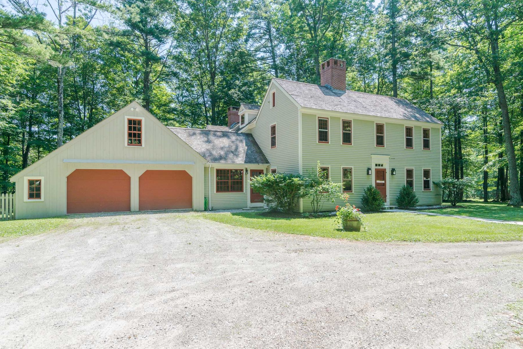 Single Family Home for Sale at Majestic Colonial Saltbox 717 Powderhorn Manchester, Vermont 05255 United States