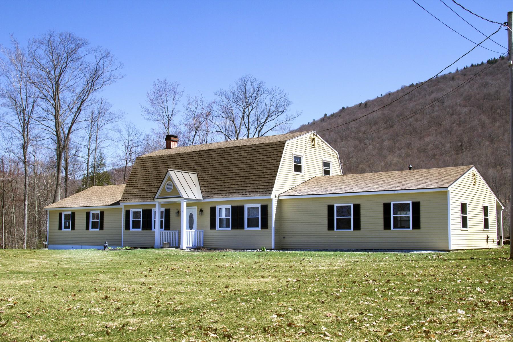 Частный односемейный дом для того Продажа на Turnkey Gambrel 228 New Ireland, Manchester, Вермонт, 05255 Соединенные Штаты