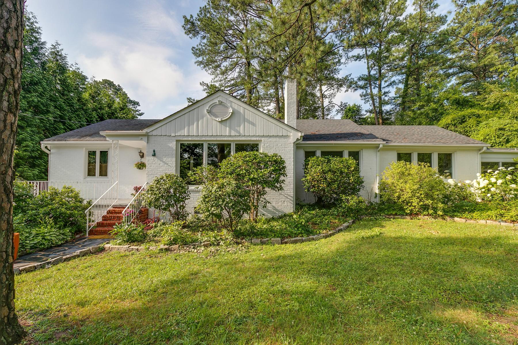 独户住宅 为 销售 在 8607 Julian Road, Henrico 8607 Julian Rd Henrico, 弗吉尼亚州, 23229 美国