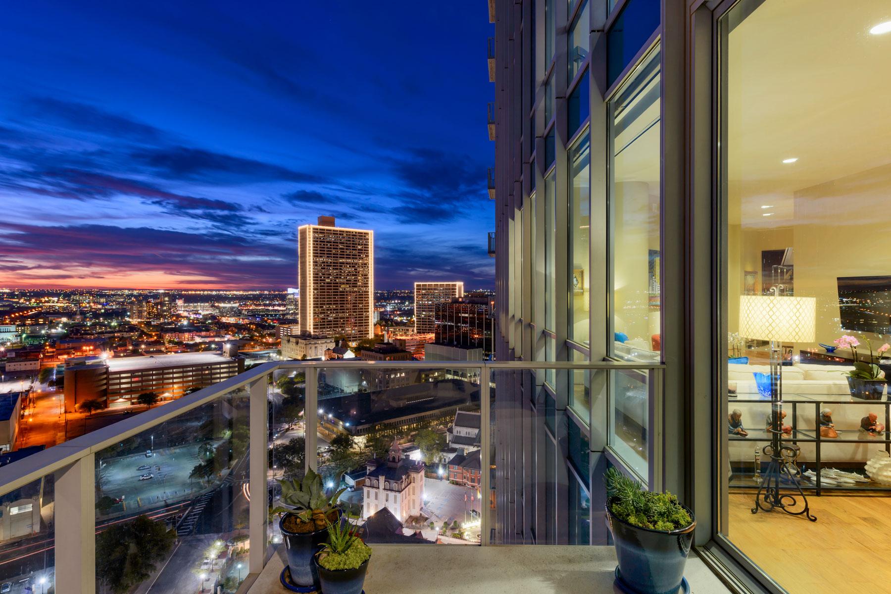 Appartement en copropriété pour l Vente à 1301 Throckmorton 2004, Fort Worth Fort Worth, Texas, 76102 États-Unis