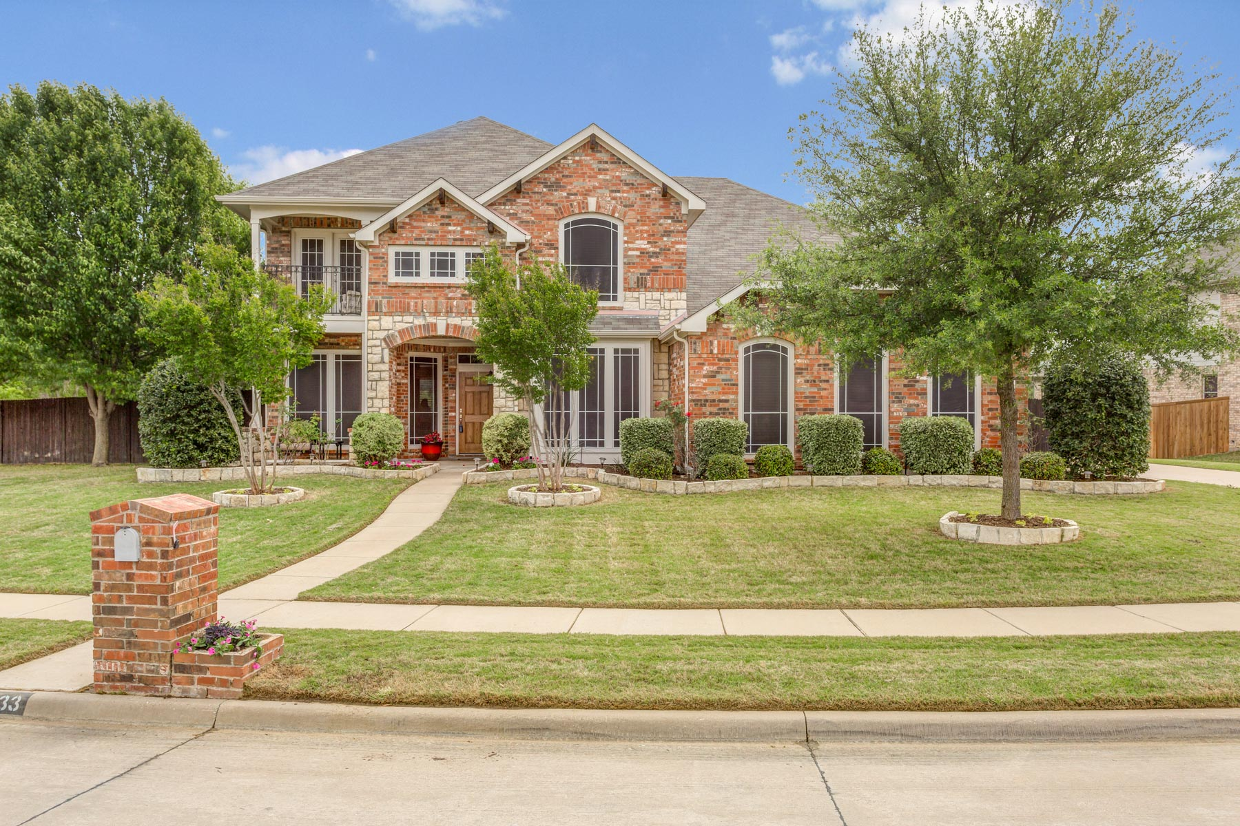 Single Family Home for Sale at Mansfield Traditional 3233 Ridge Trace Cir Mansfield, Texas 76063 United States