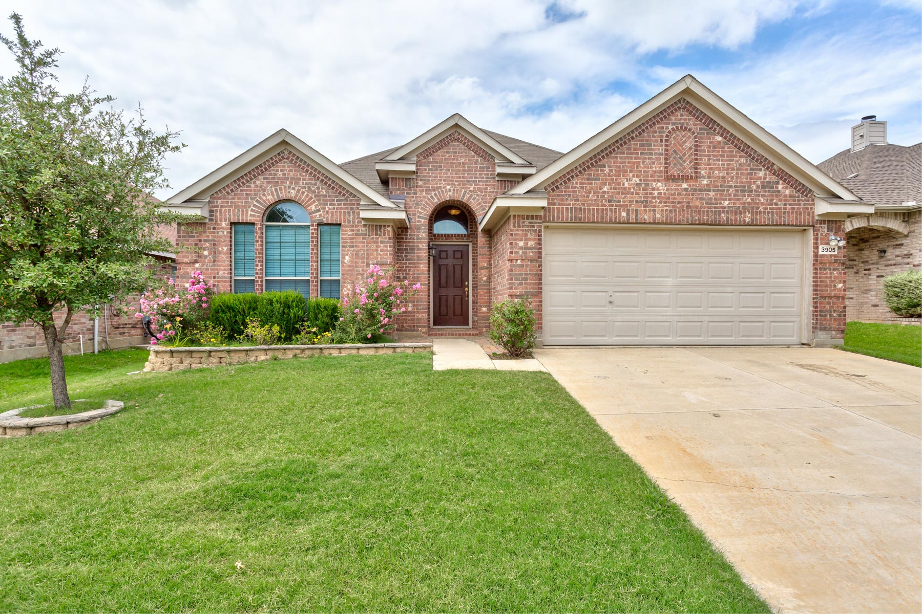 Single Family Home for Sale at Fort Worth Ranches East Addition 3905 Long Hollow Rd Roanoke, Texas 76262 United States